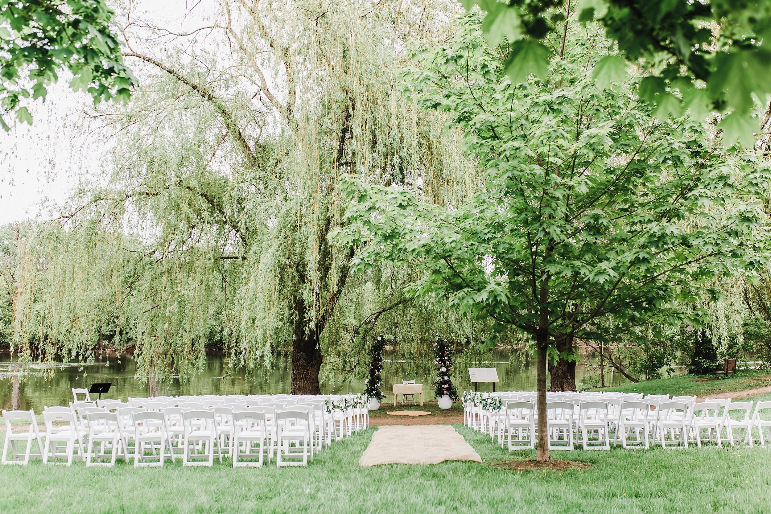 Their ceremony took place in the quiet Brantwood Park a few minutes drive away.