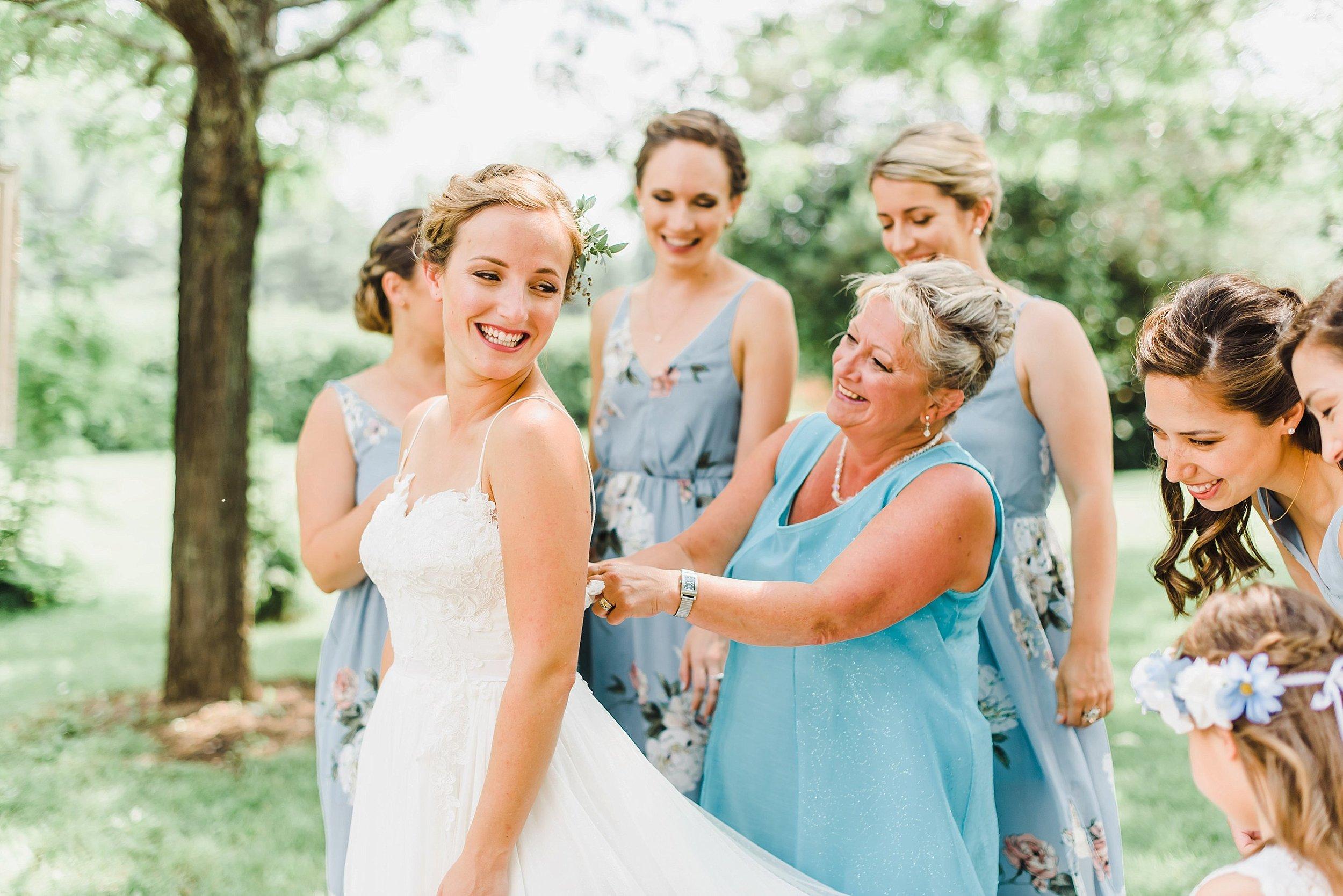 light airy indie fine art ottawa wedding photographer | Ali and Batoul Photography_0788.jpg