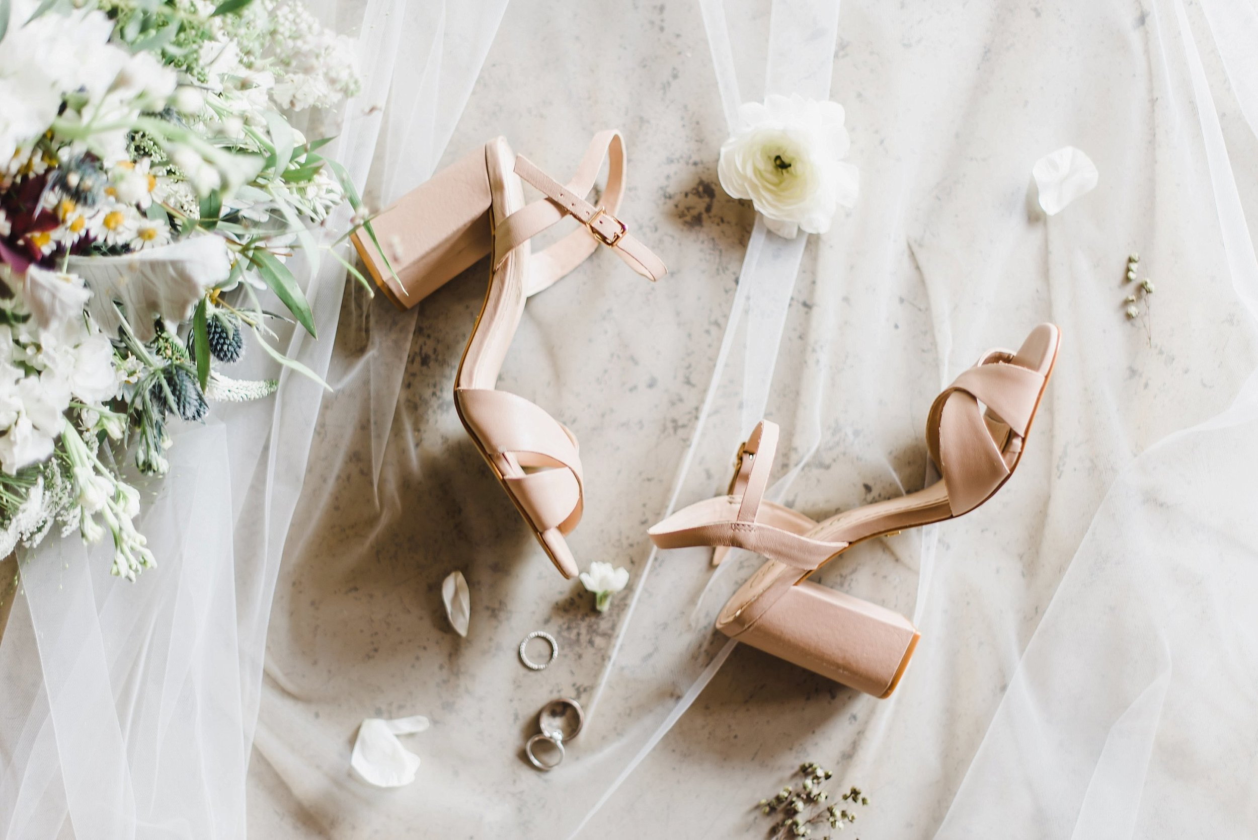 We had ample time to capture details of Becca's wedding attire, so this gave me the chance to get more creative and think outside the box!