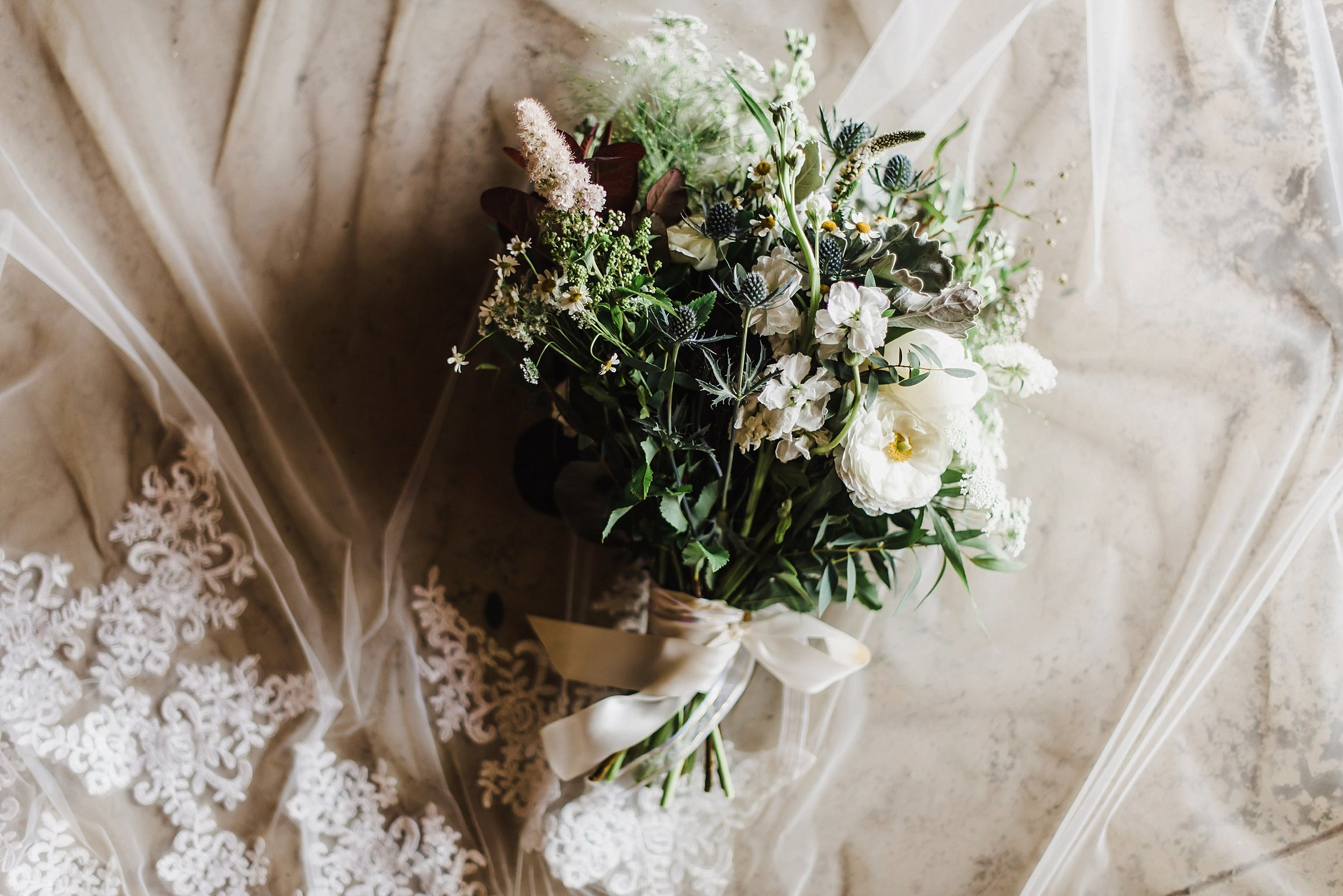 Garden-inspired florals by my favourite, Katherine of Pollen Nation Floral Studios!