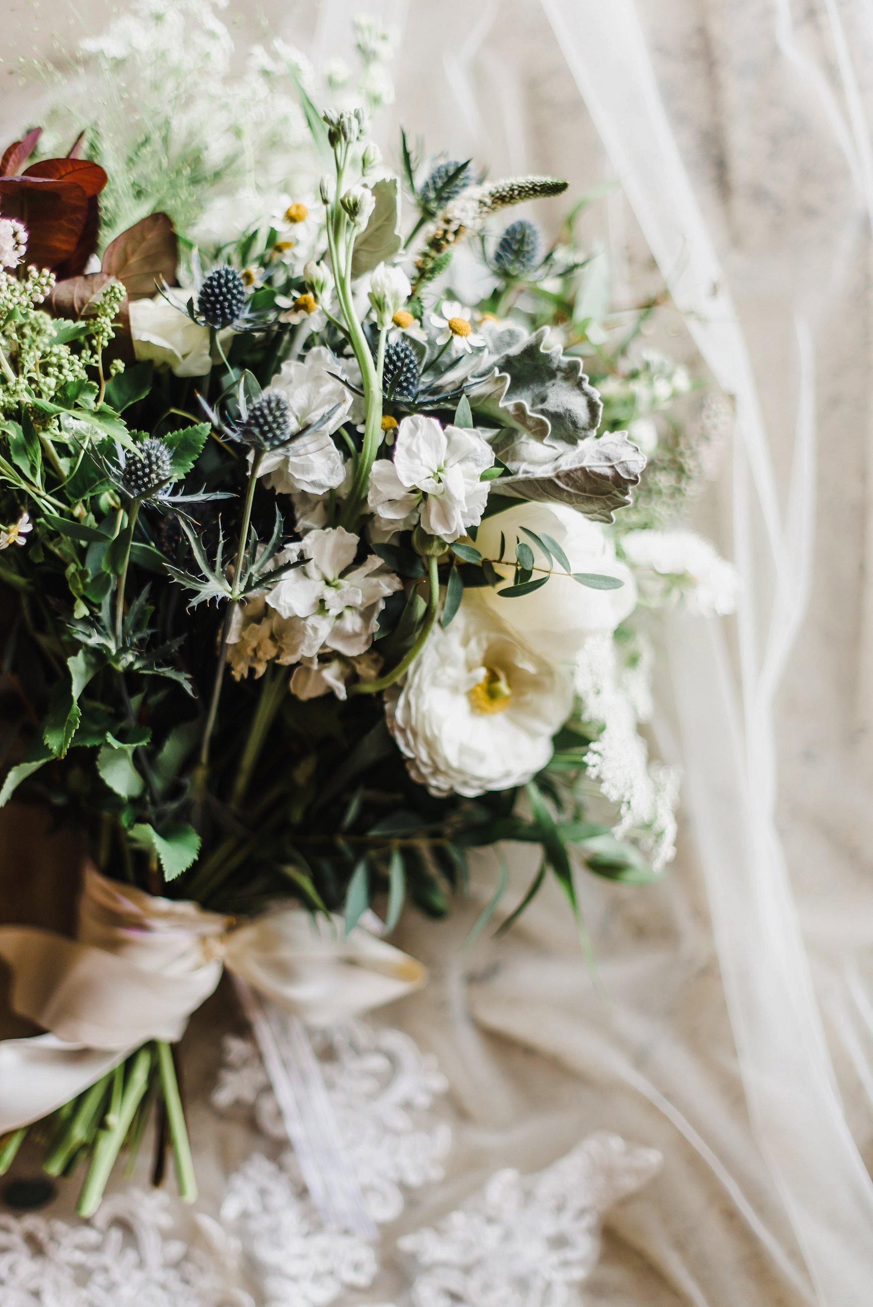 light airy indie fine art ottawa wedding photographer | Ali and Batoul Photography_0803.jpg