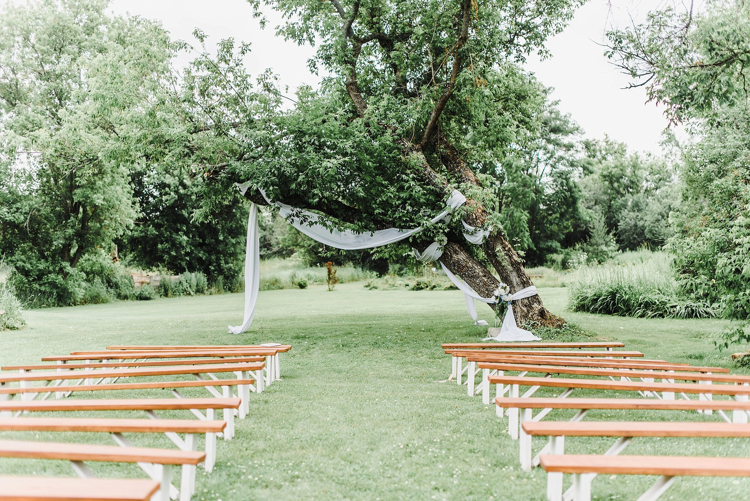 light airy indie fine art ottawa wedding photographer | Ali and Batoul Photography_0805.jpg