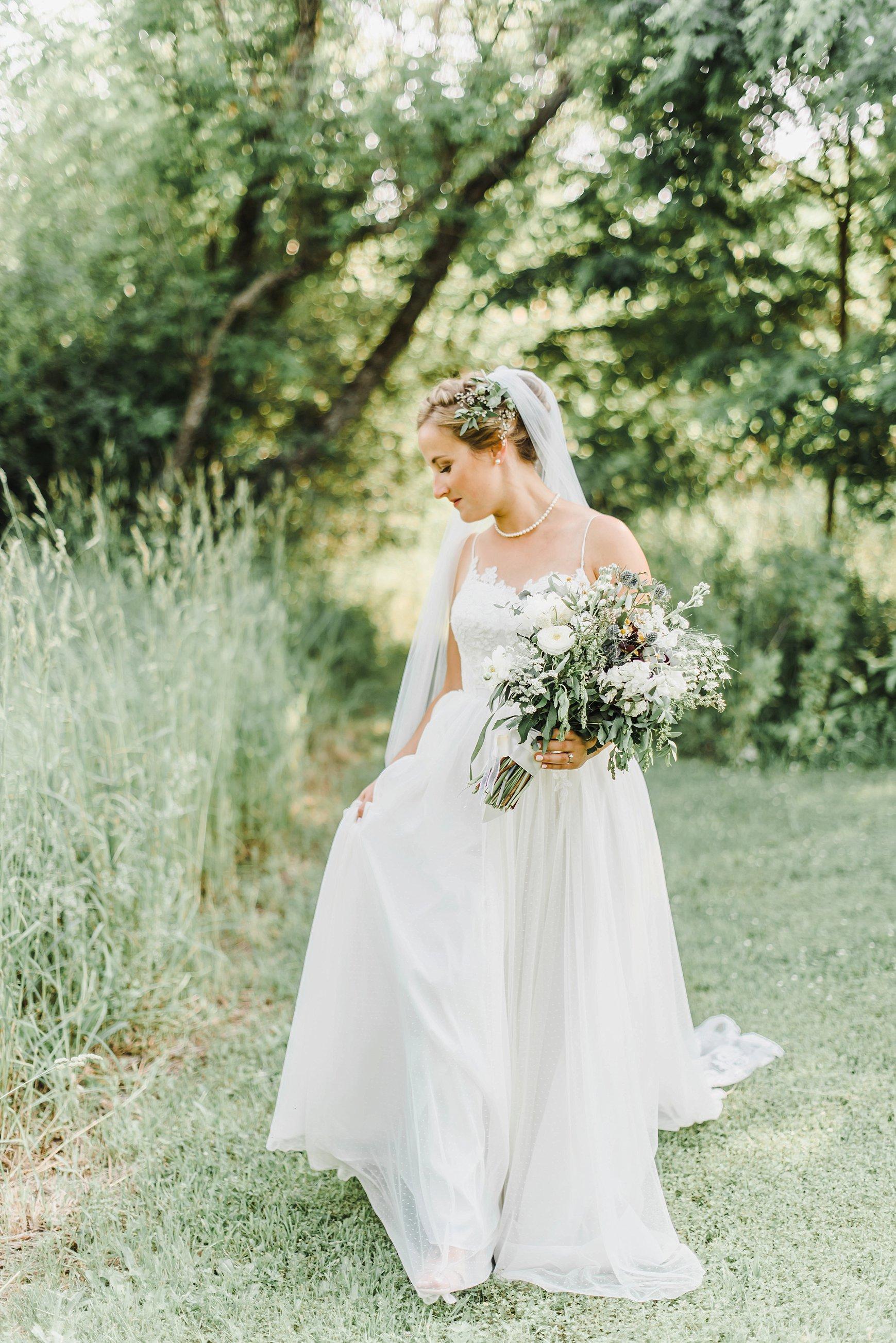 light airy indie fine art ottawa wedding photographer | Ali and Batoul Photography_0839.jpg