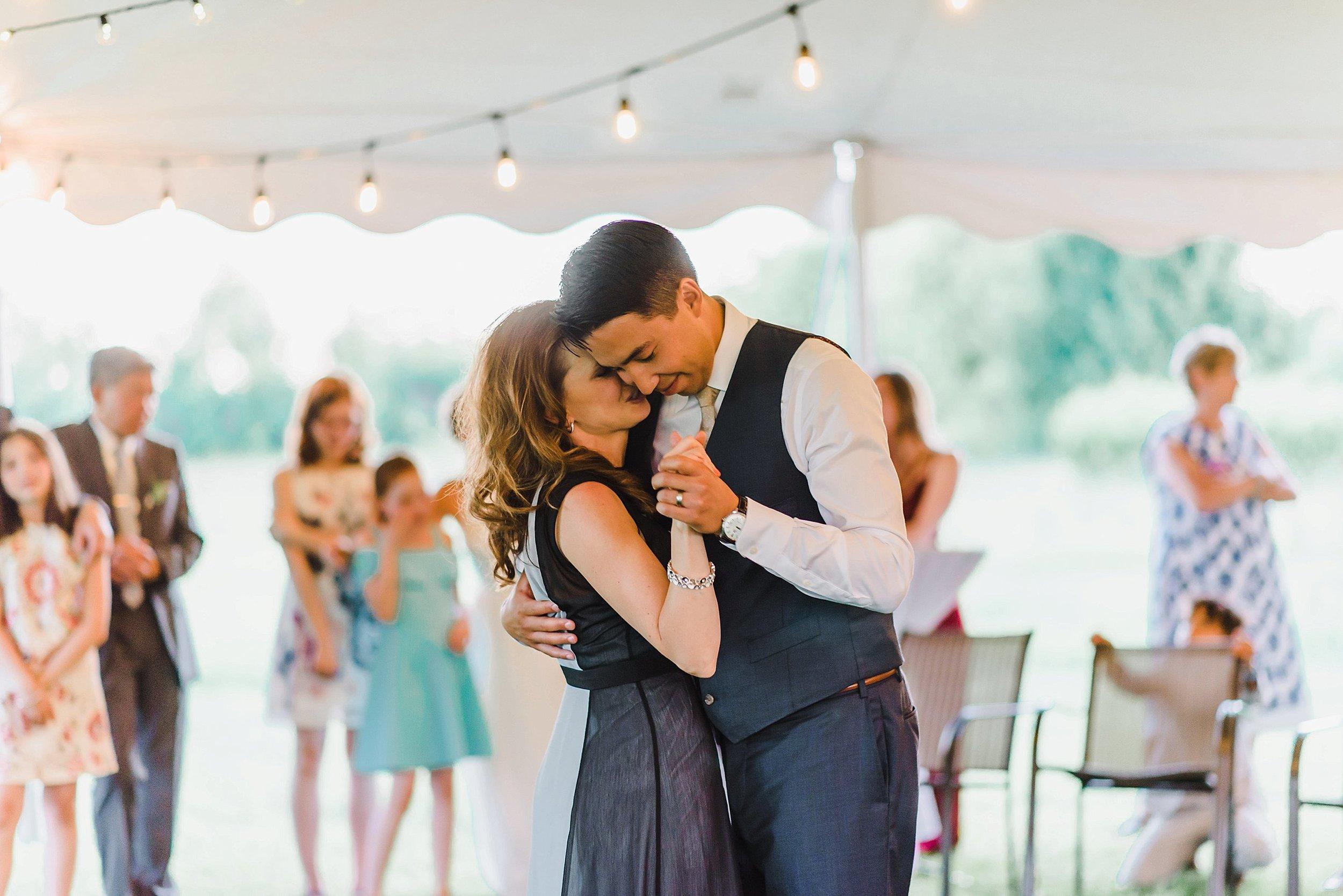 light airy indie fine art ottawa wedding photographer | Ali and Batoul Photography_0916.jpg