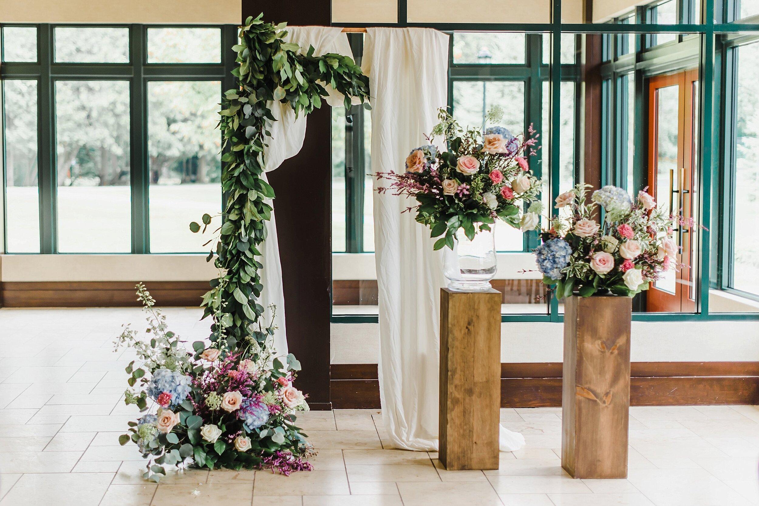 light airy fine art ottawa wedding photographer | Ali and Batoul Photography | Fairmont Le Chateau Montebello31.jpg