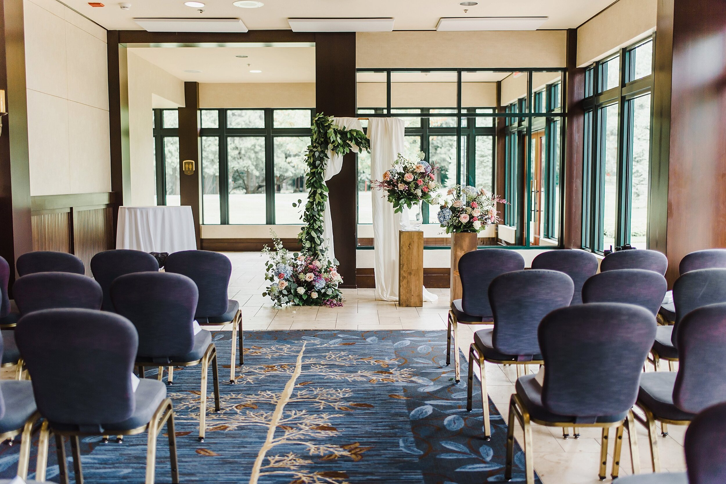 light airy fine art ottawa wedding photographer | Ali and Batoul Photography | Fairmont Le Chateau Montebello32.jpg