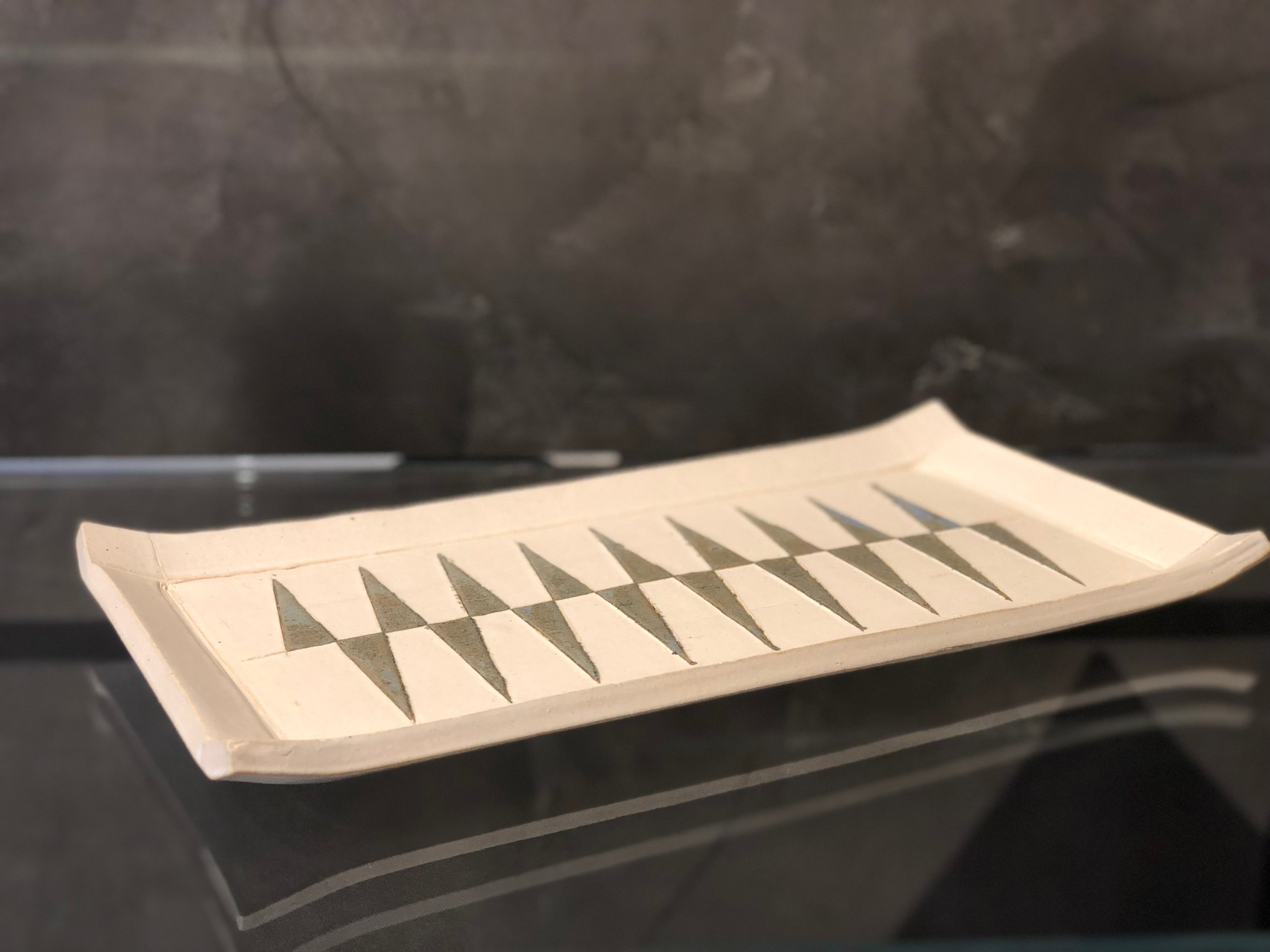 Thorn Tray