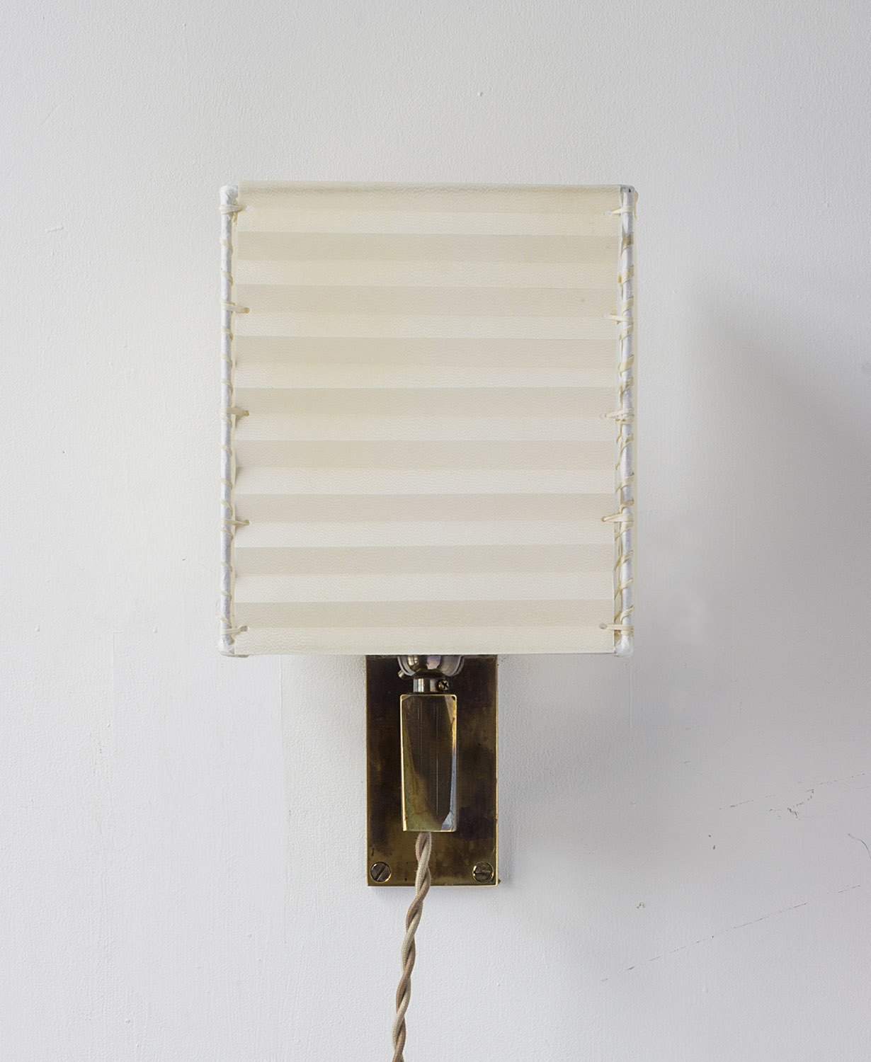 Series 03 Sconce
