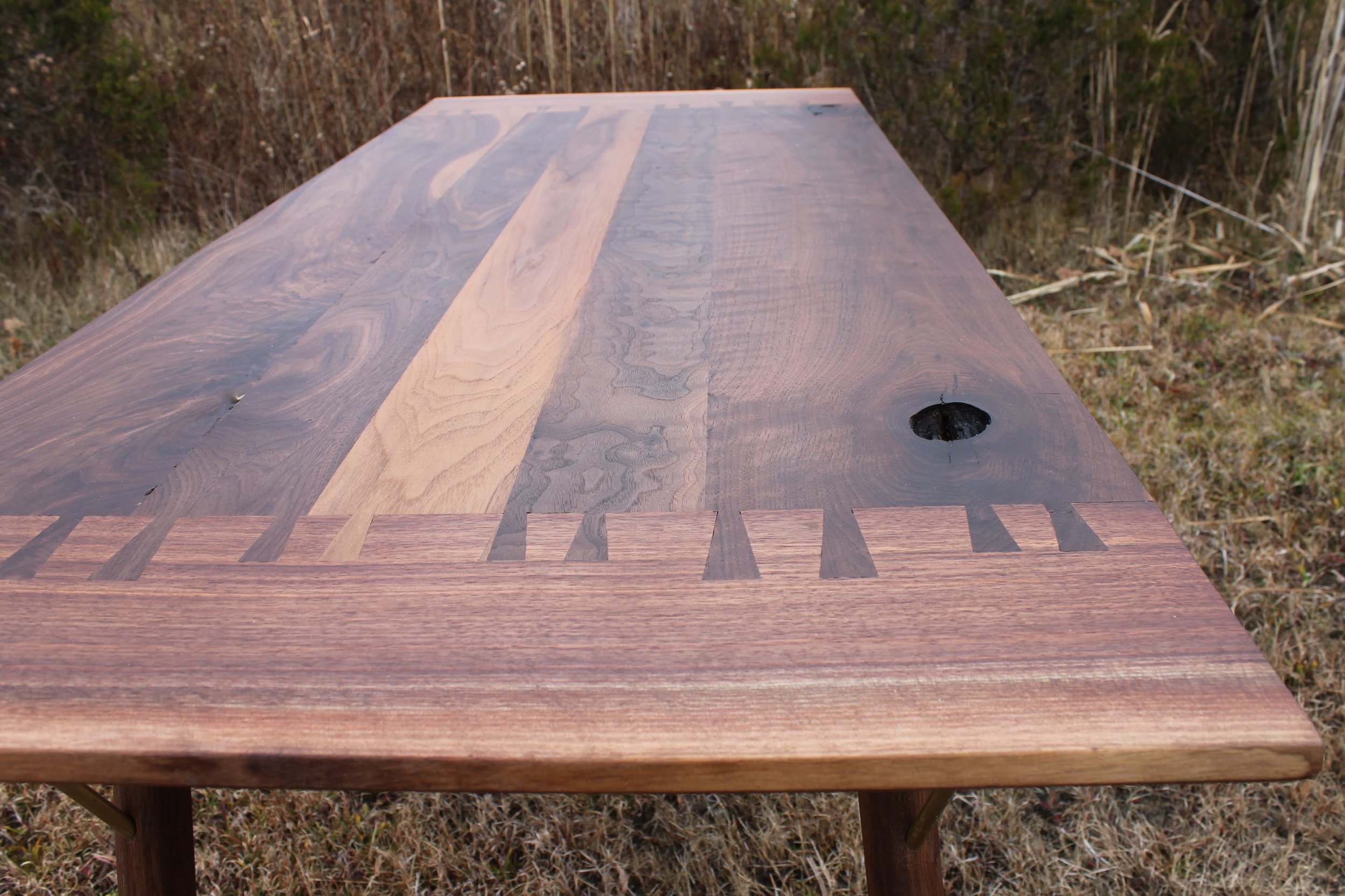Thunder Dining Table