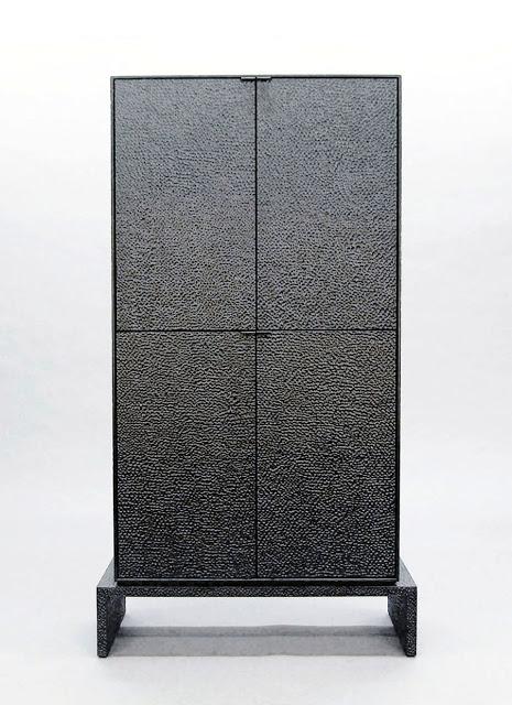 V4 Cabinet