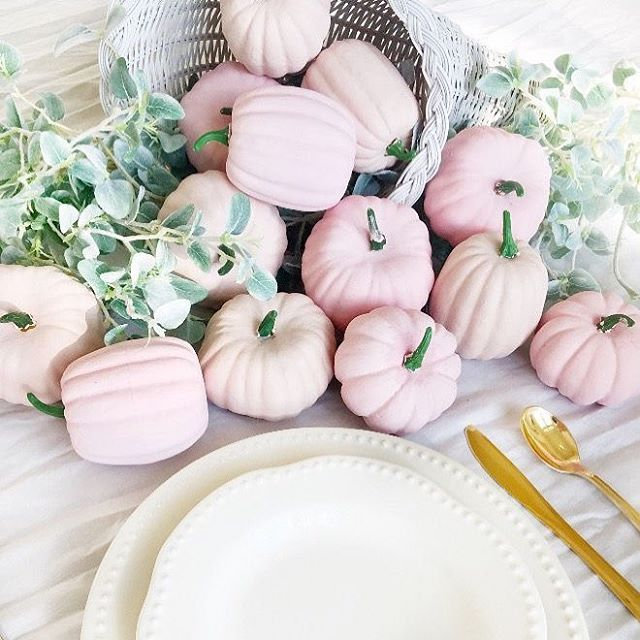 """💕 """"Falling"""" in love with these pink pumpkins!"""