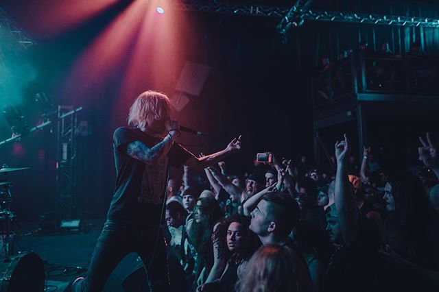 Only 4 shows left on the #eternalnightmare tour. Ft. Worth tonight, Austin tomorrow! ⠀⠀⠀⠀⠀⠀⠀⠀⠀ 📸@caaalebarnaud
