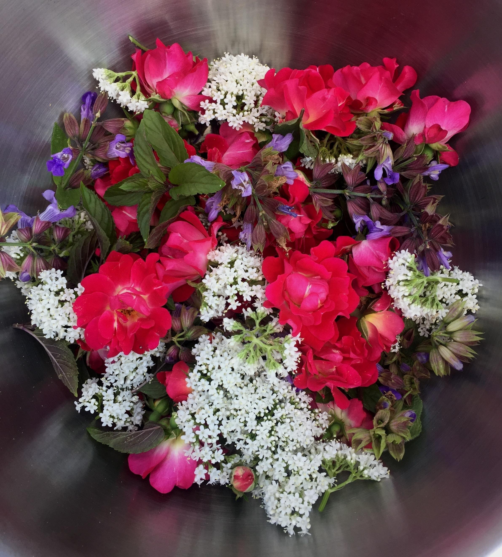 HERB + FLOWER BLEND - VALERIAN, ROSE, LAVENDER, LEMON BALM, PEPPERMINT