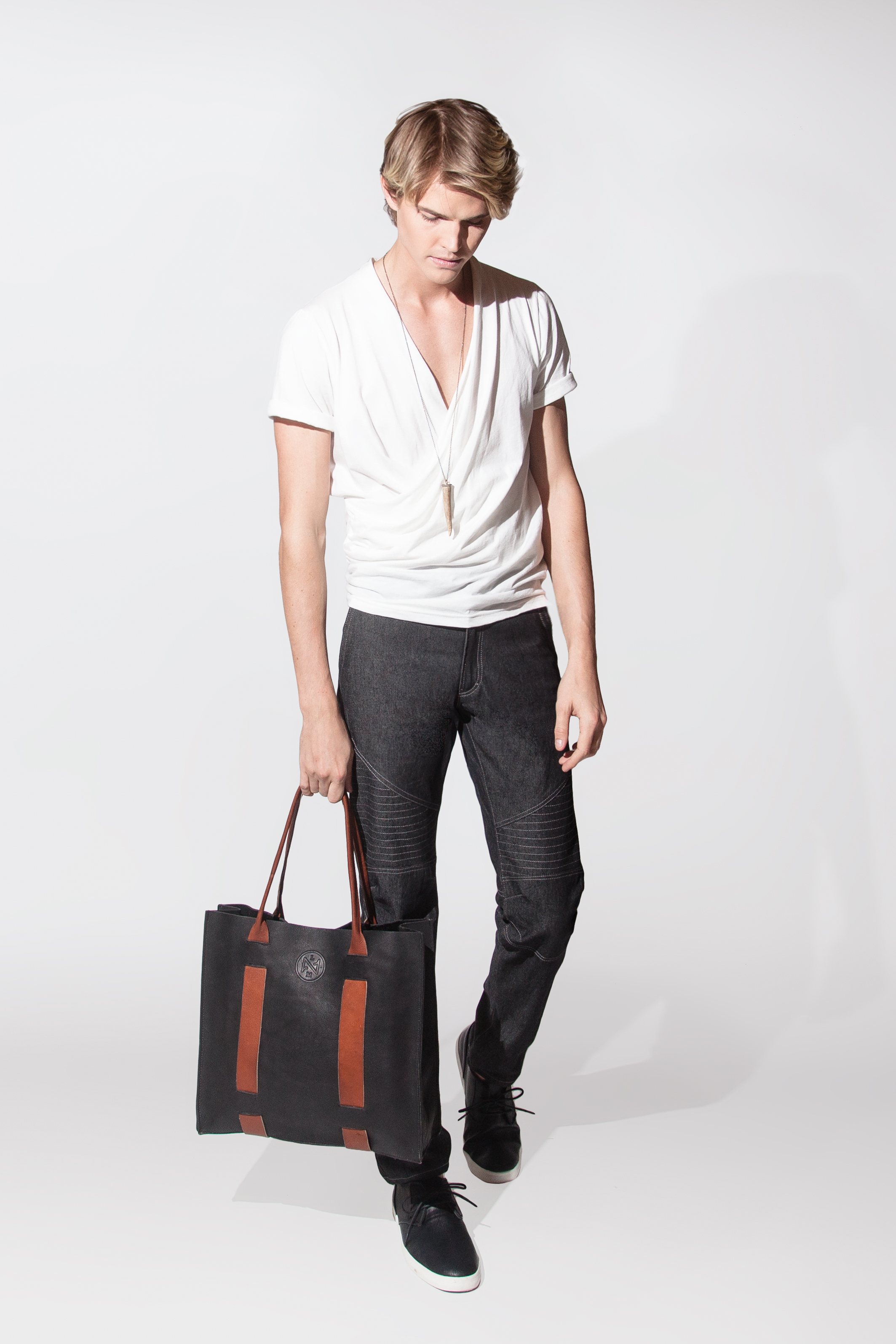 rustic leather tote $175