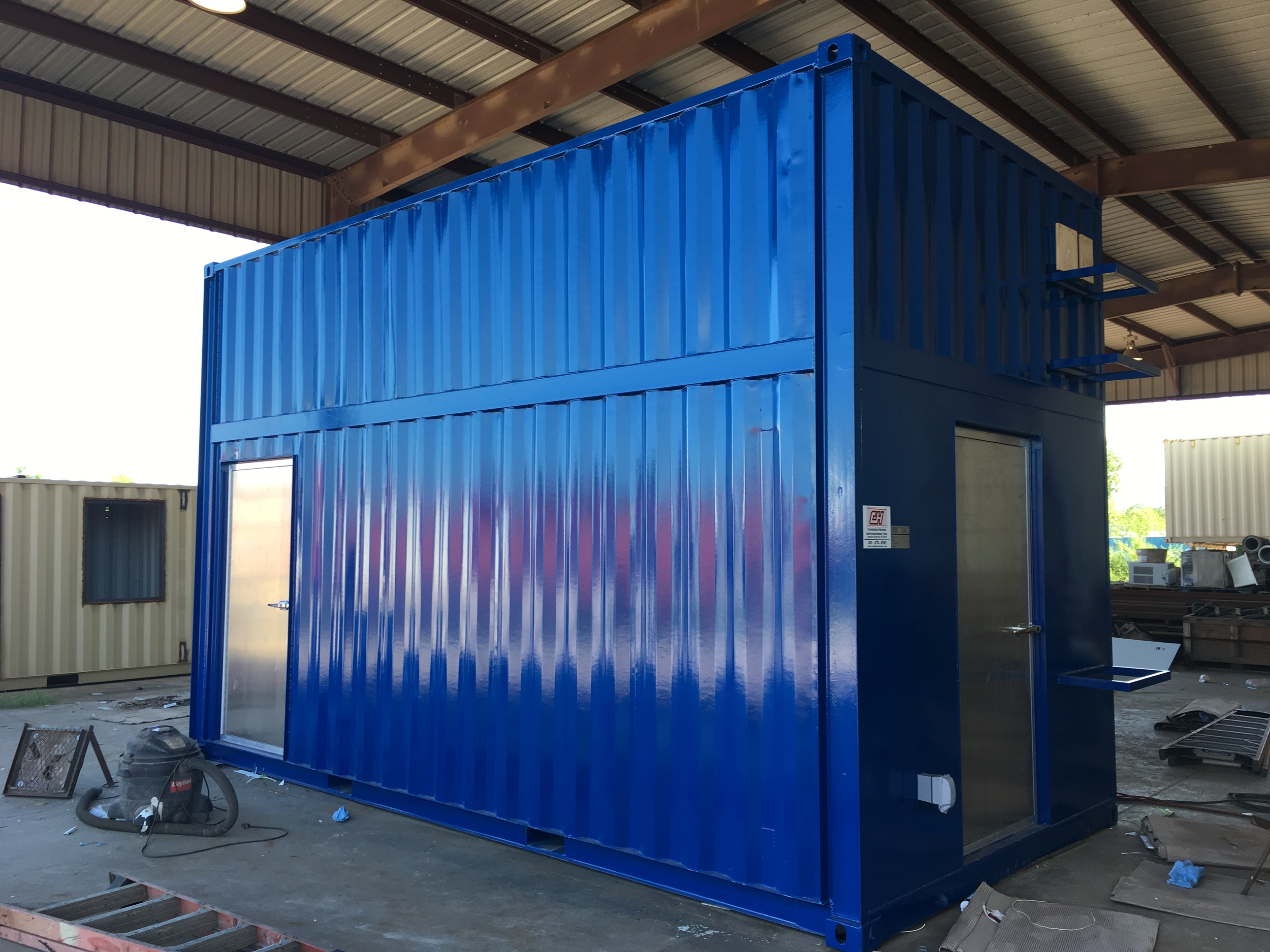 container house 13ft 001.png