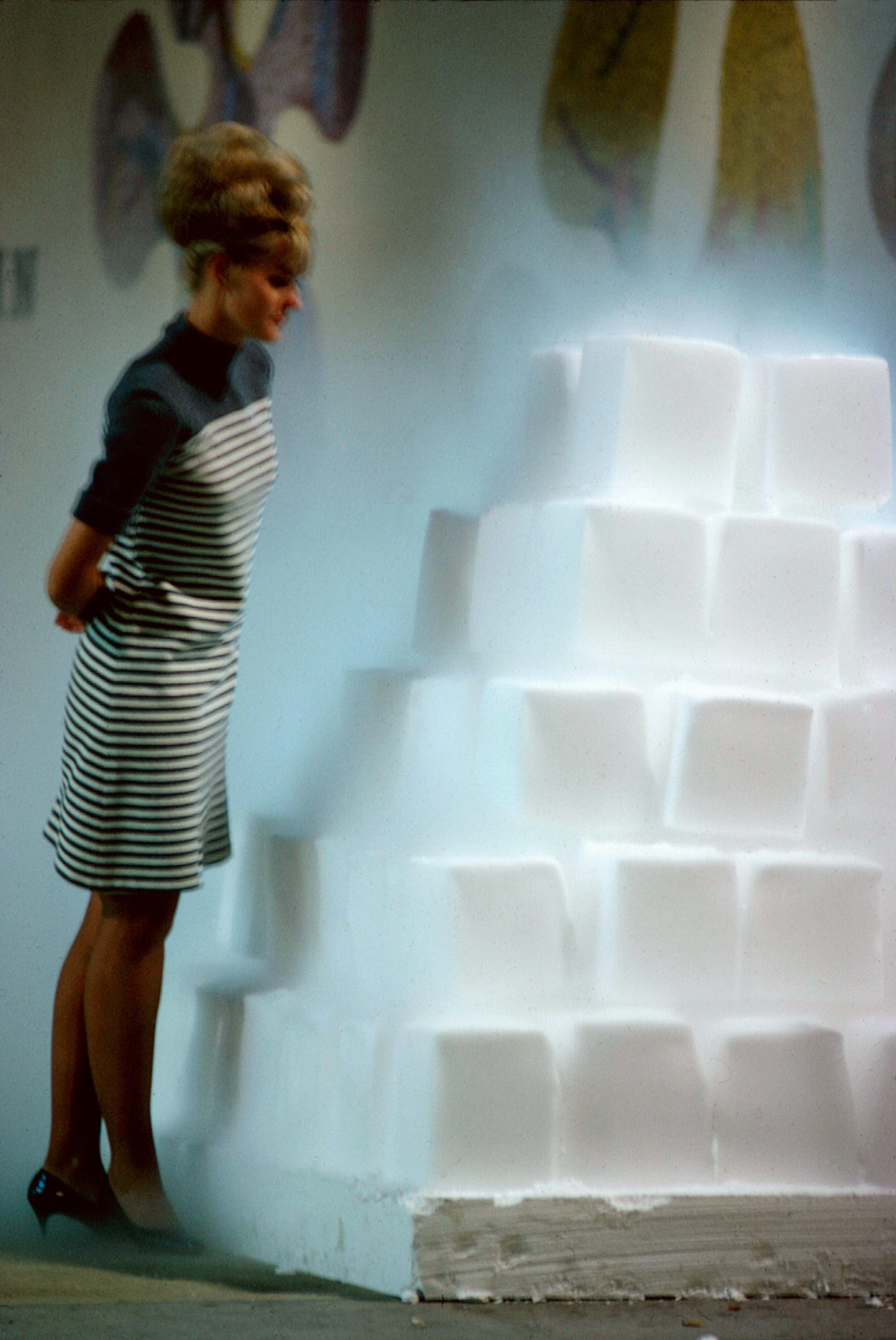11559_Judy_Chicago_Dry_Ice_2.jpg