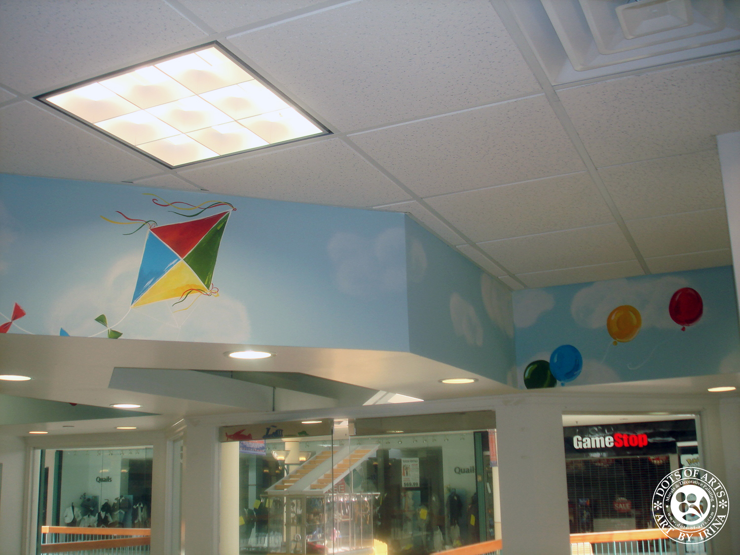 mural-sky-kite-custom-painted-kid-cutz-hair-salon-woodbridge-mall-NJ-dots-of-arts-copyright2015.jpg