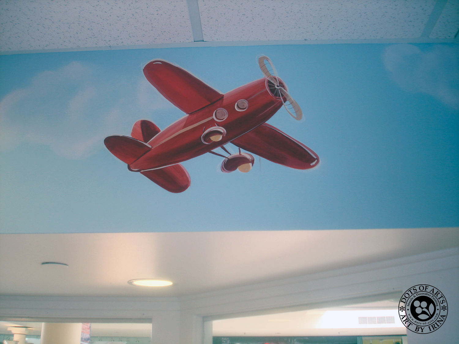 mural-sky-red-air-plane-custom-painted-kid-cutz-hair-salon-woodbridge-mall-NJ-dots-of-arts-copyright2015.jpg
