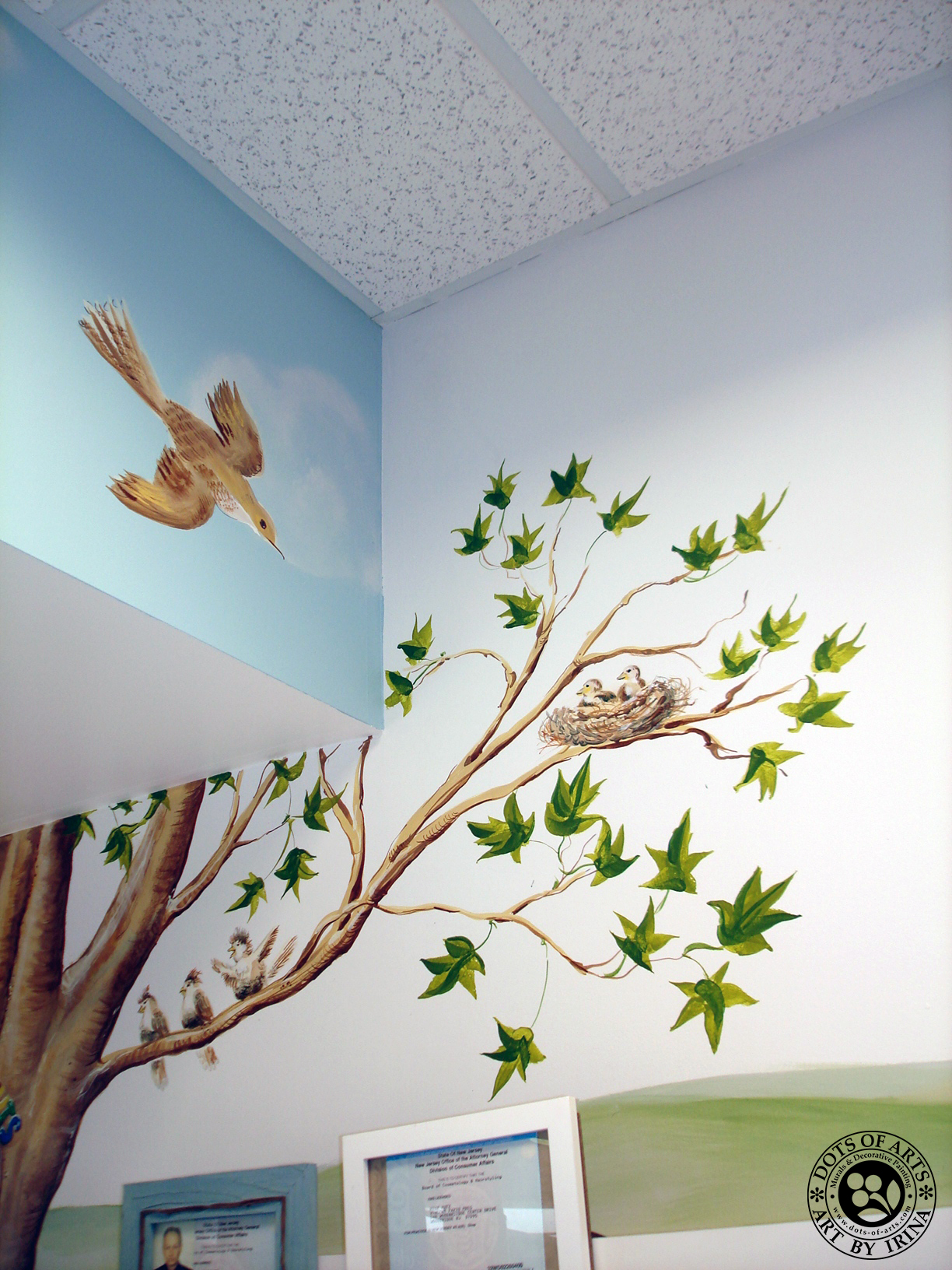 mural-custom-wall-commercial-kidz-kuts-woodbridge-nj-dots-of-arts-bird-nest-tree-branches.jpg