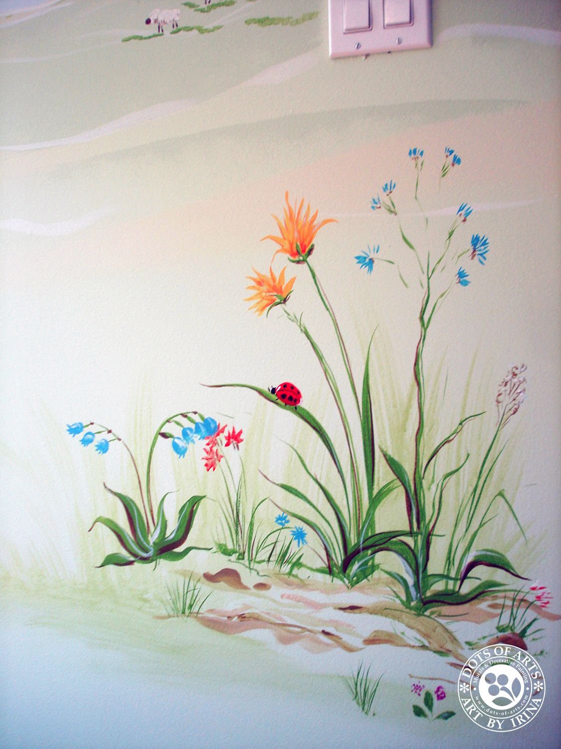 mural-custom-baby-room-farm-theme-clouds-wild-flowers-dots-of-arts-labybug.jpg
