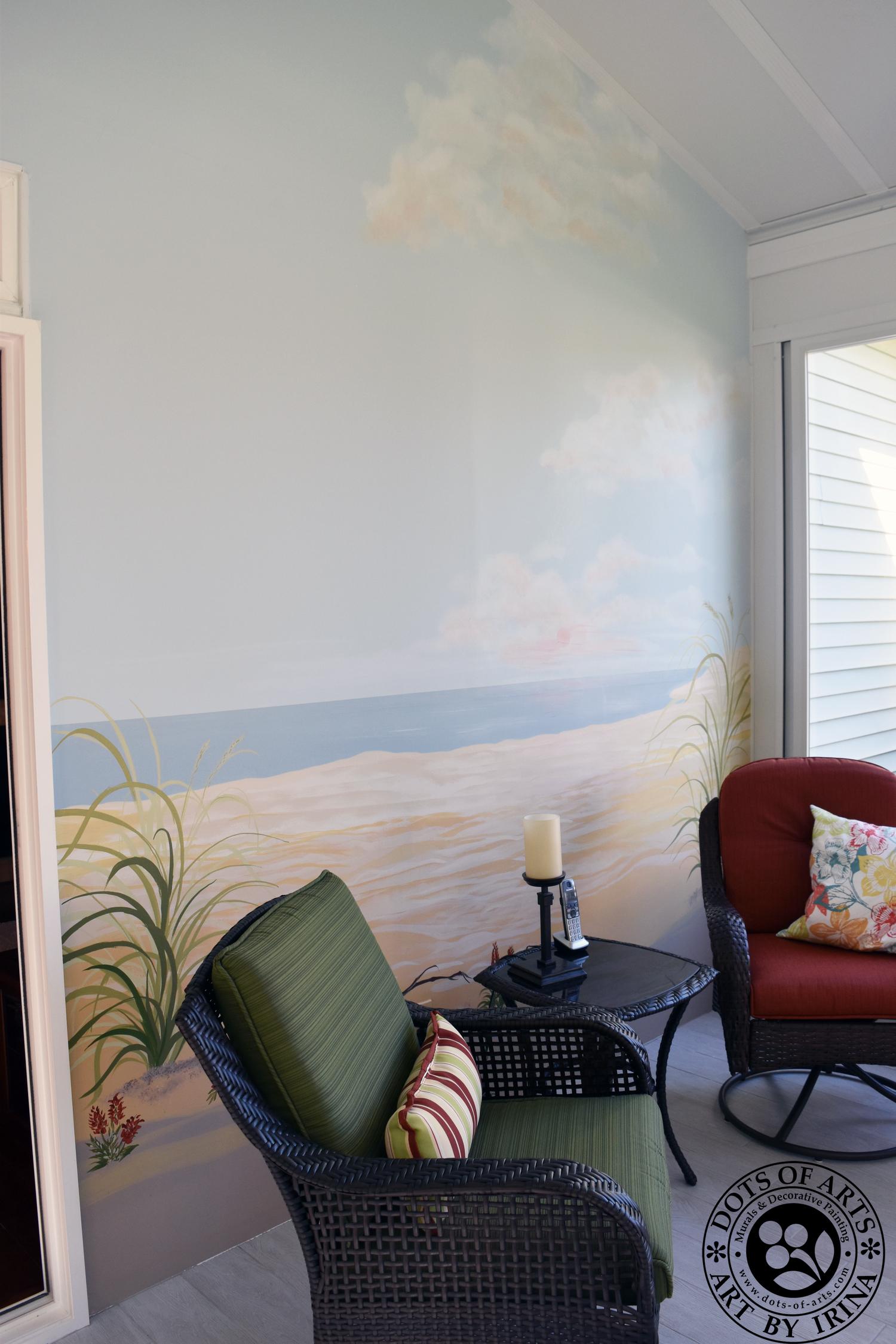 florida-room-mural-full-room-dots-of-arts-chairs.jpg
