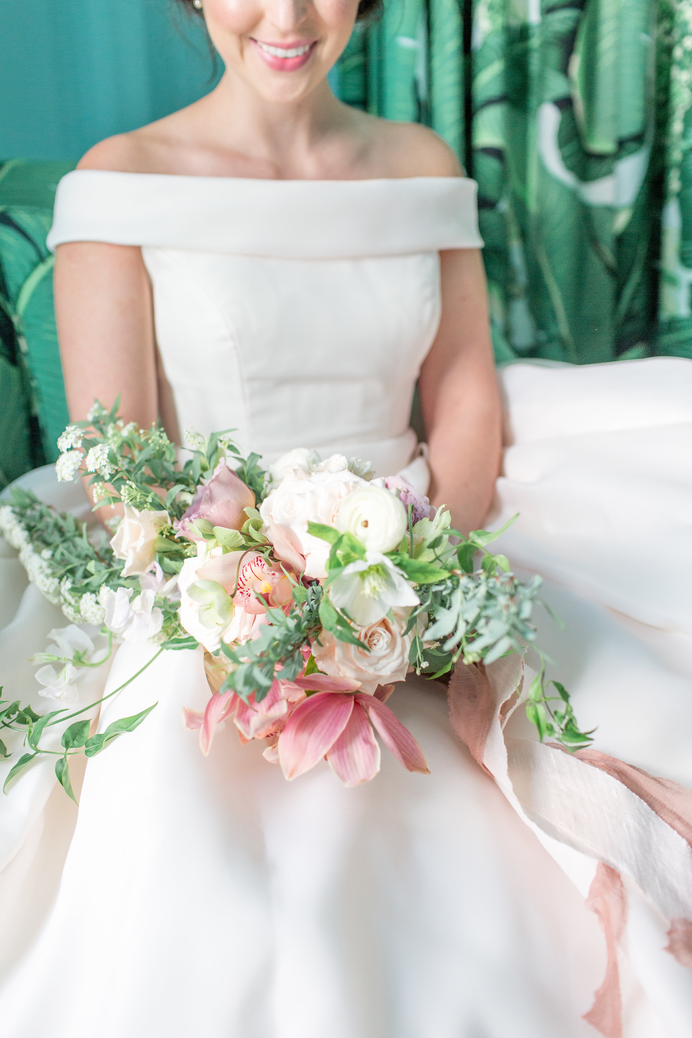 colony-palm-beach-bridal-bouquet