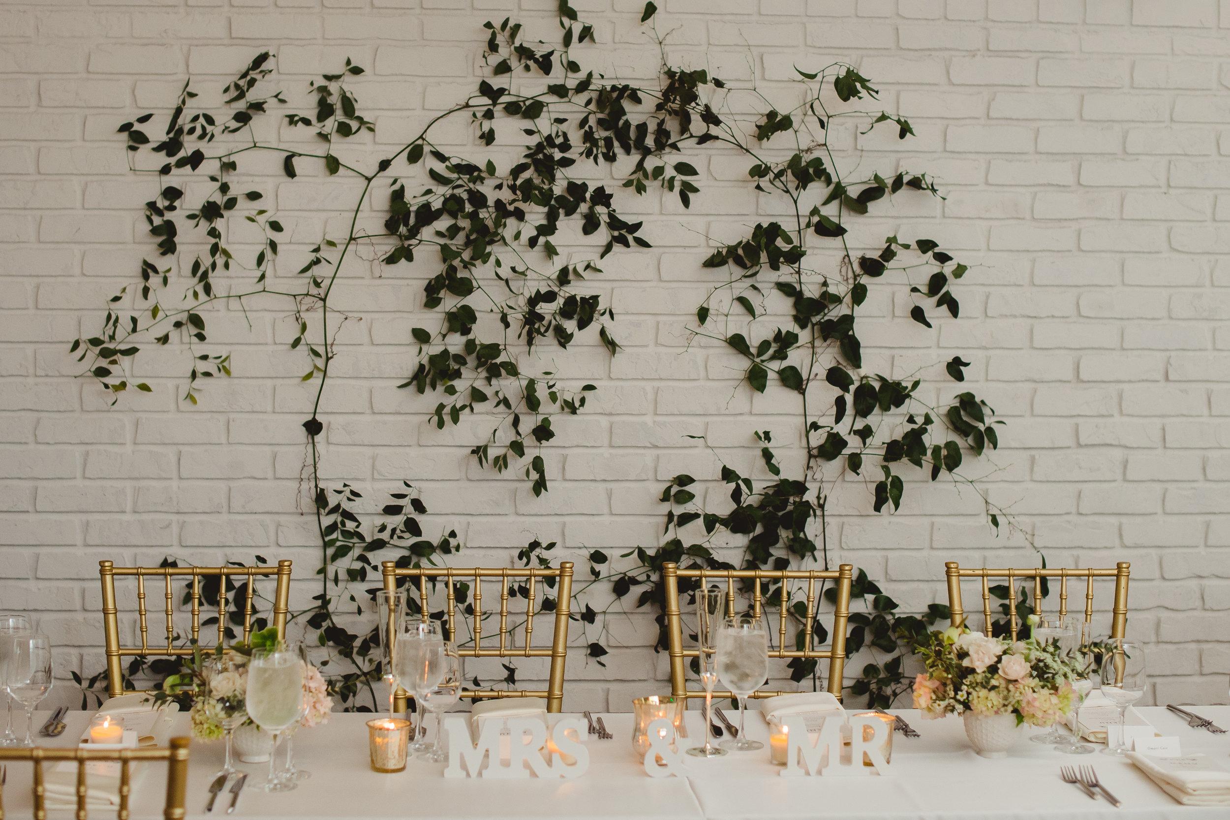 vine-wall-floral-design