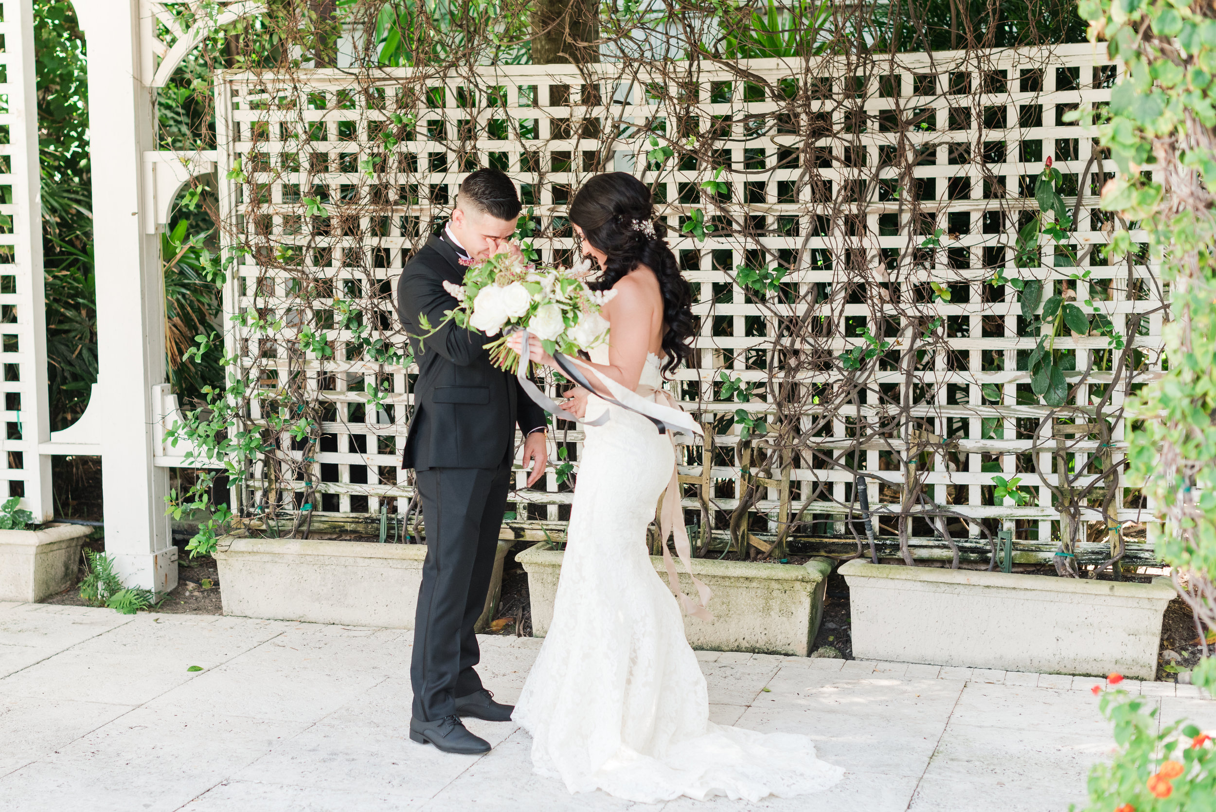 first-look-miami-wedding