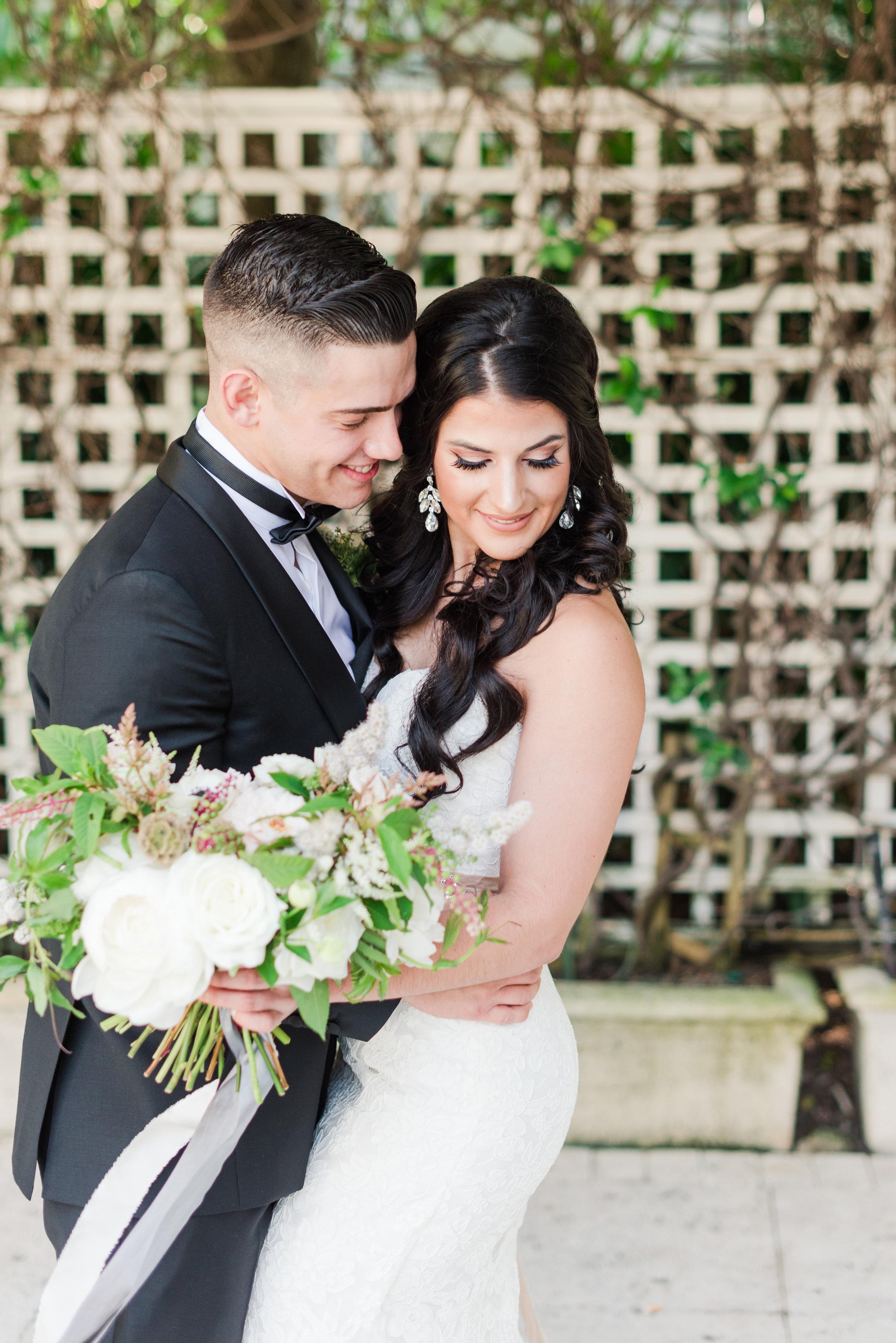 bridal-bouquet-ribbons
