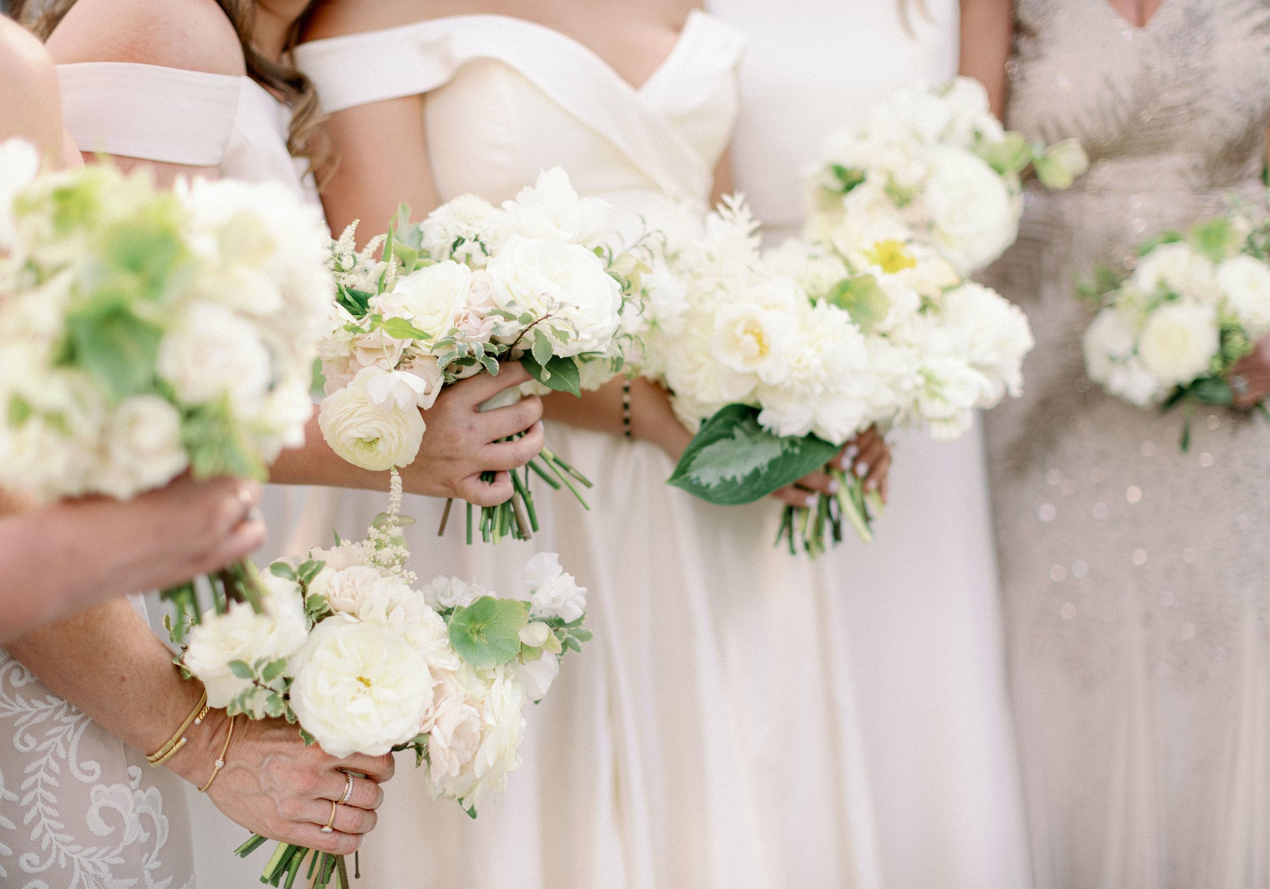 bridal-party-bouquet