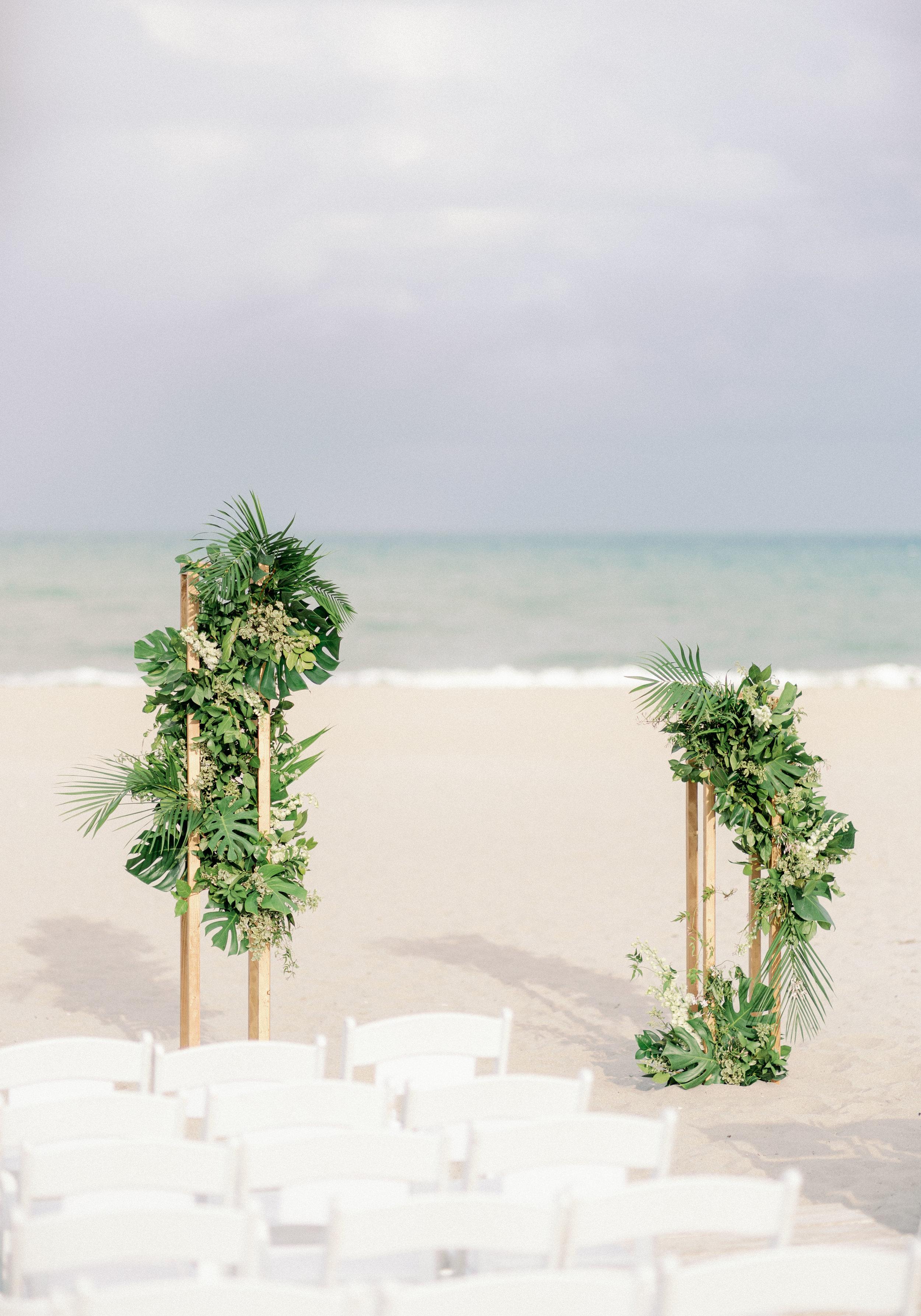 modern-beach-wedding.jpg