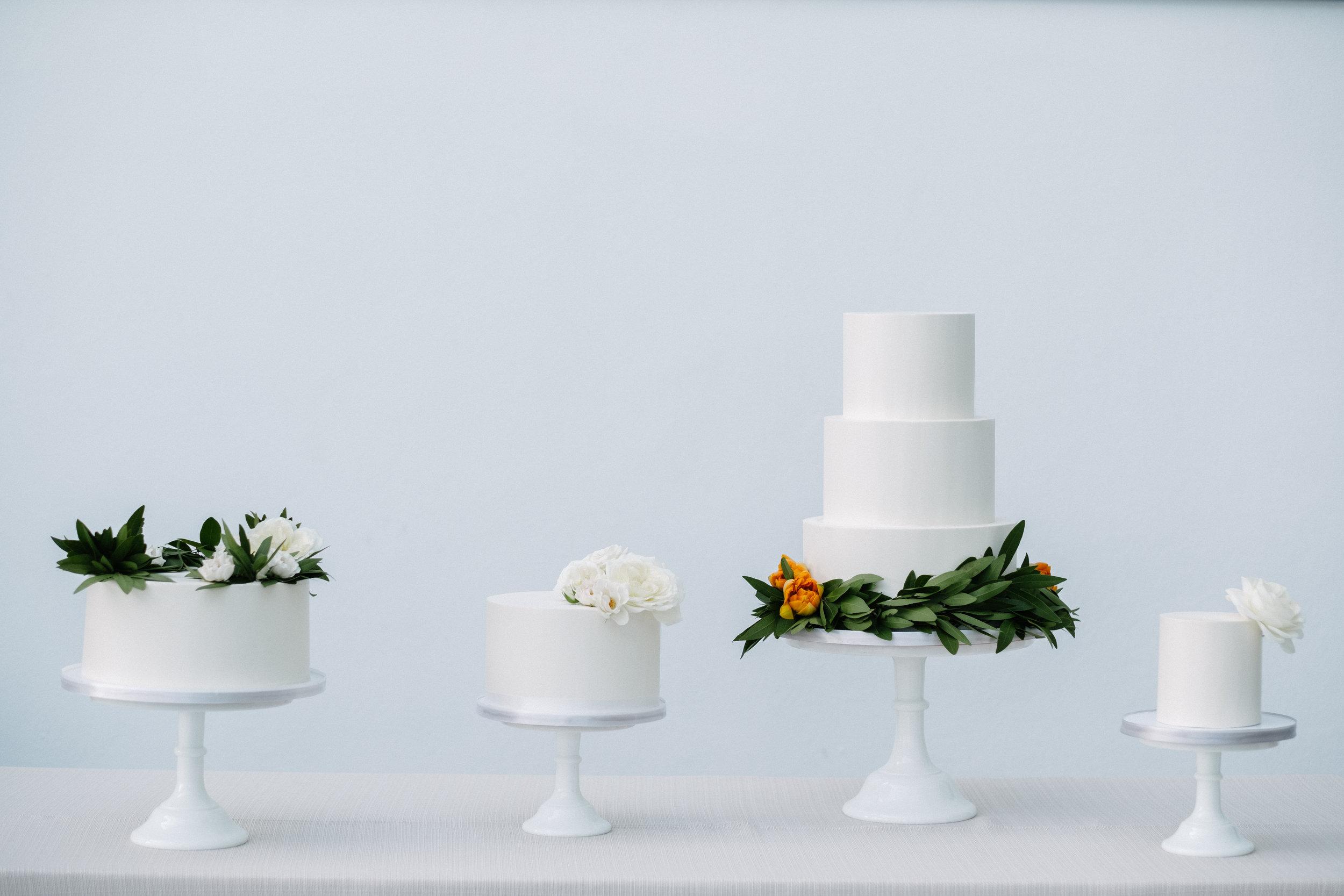 palm-beach-wedding-cake