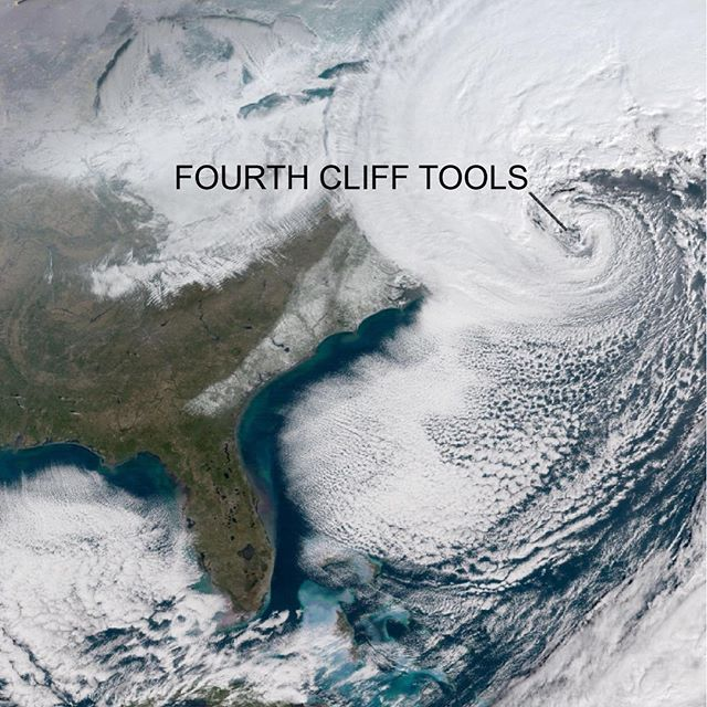 #FourthCliff Tools in the middle of #Grayson 2018 #bombcyclone