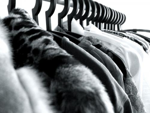 black and white clothing rack 2.jpg