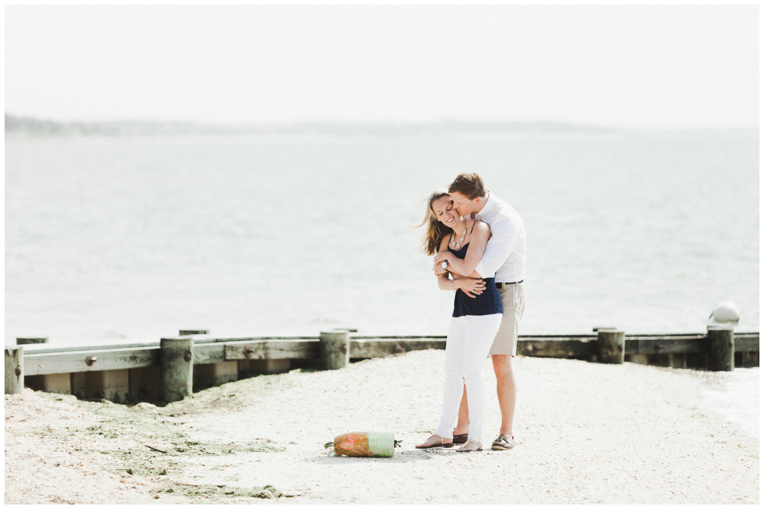 10-North-Fork-Beach-Engagement-Session-Allison-Sullivan.jpg
