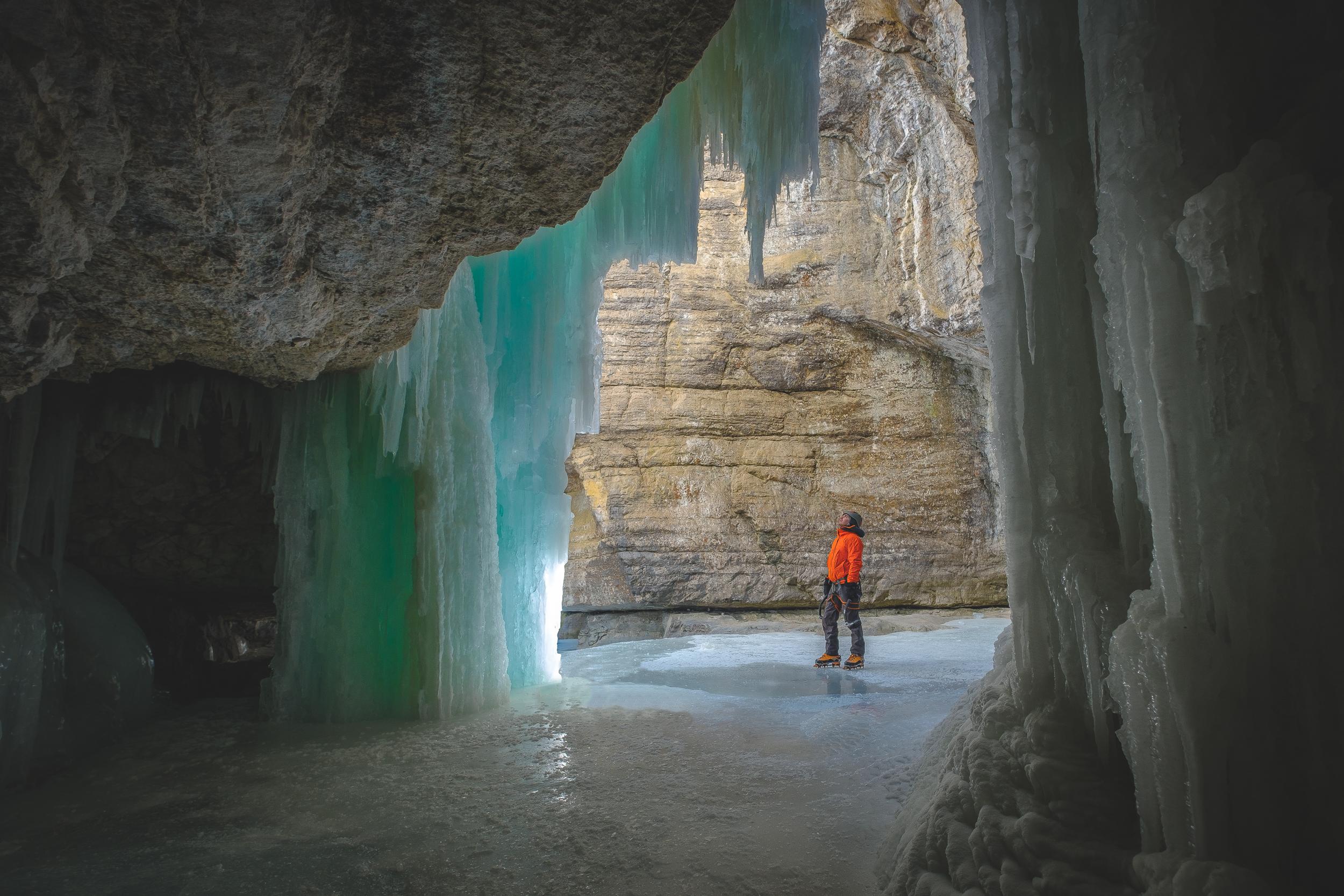 Maligne Canyon.jpg