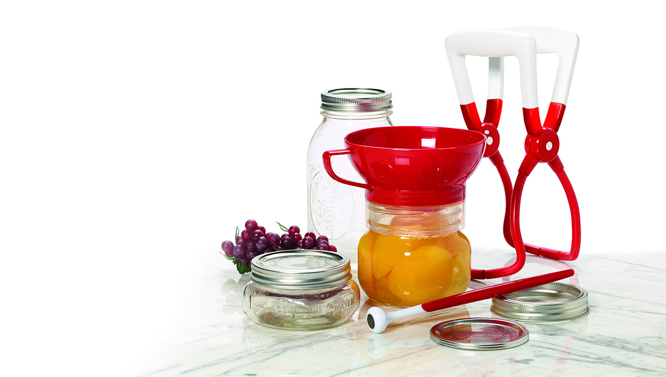 Farberware Canning Set. Available  here ,  here , and elsewhere.