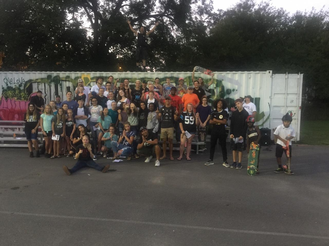 "Some of the ""Skate at 8"" & Rad8 1L crew from last Wednesday, 8/9/17. Pastor Kenny's prayer for the 1L ministry on the pavement to continue is on facebook.com/onelovemaui if anyone is interested!"