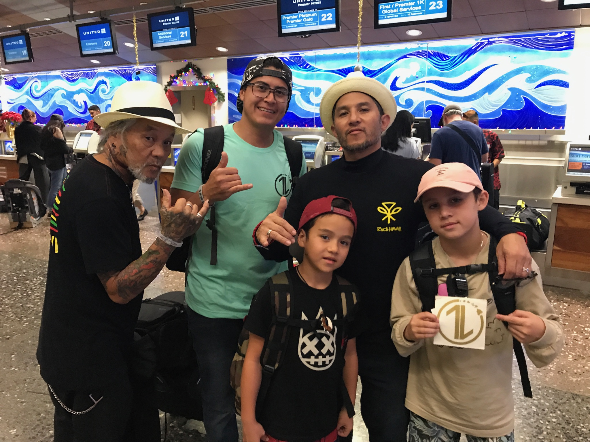 Auburn got to talk with Christian Hosoi yesterday on Oahu, and Christian was at the North Shore Skatepark with his fam and saw us doing the #OneLoveSkate event Saturday. Thankful for lots of Divine Appointments last weekend! #Sightings :)