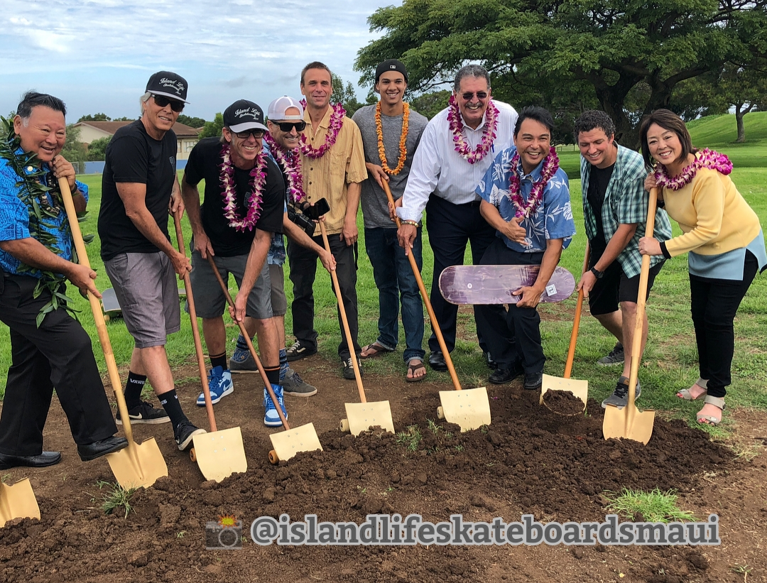 Mayor Alan Arakawa, Government Leaders Helping Make New Skatepark Happen, & Rad Skaters. Thanks for this great pic on instagram: @islandlifeskateboardsmaui.