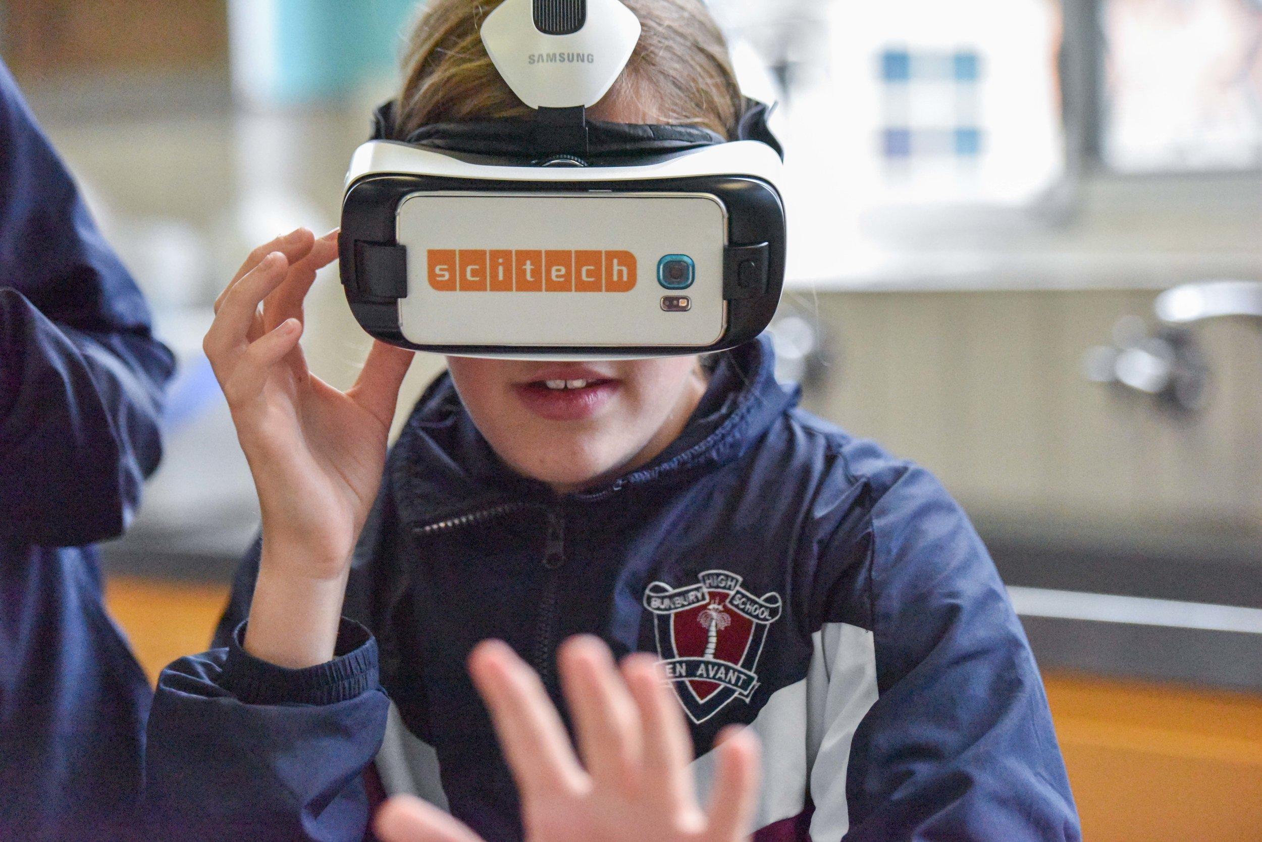 Students at Bunbury Senior High School experience virtual reality headsets, courtesy of Scitech. Photo copyright: Kate Ferguson/WIWTA