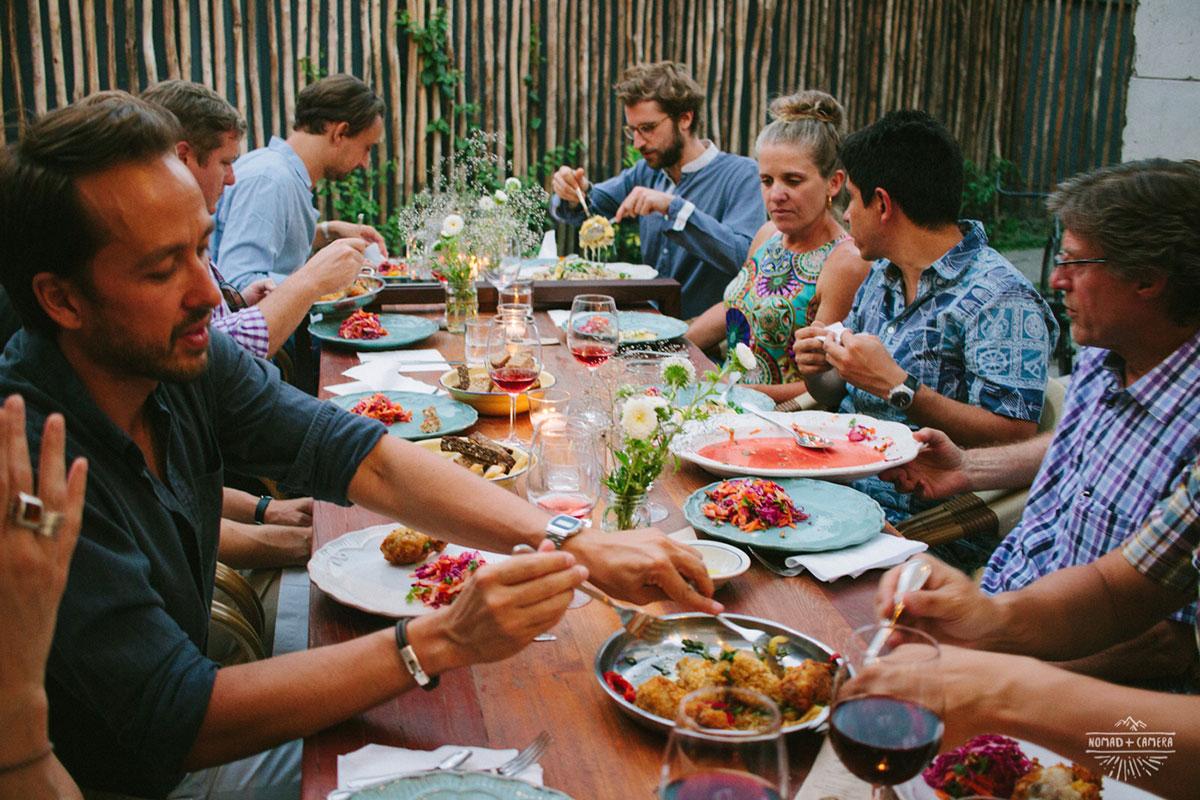 24-pop-up-dinner-nomad-and-camera.jpg