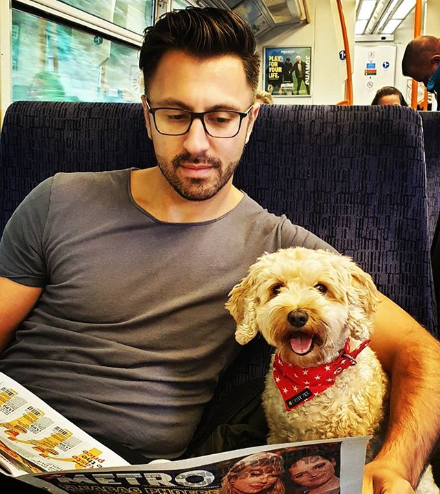 Off to London again today with my train buddy! 🐶 Looking forward to another hair event - Hob Uncut with @hob_academy, after being @salon_int all day yesterday, love indulging in my craft! #hair #hairdresser #hairstylist #style #fashion #hairshow #hairevent #inspiration #saloninternational #hobuncut #lovehair #alwayslearning #craft #london #camden #train #travelbuddy #cavapoo #salondog #neckerchief #cavapoosofinstagram