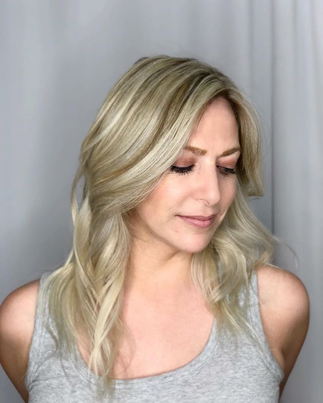 Meet my blonde bombshell! . . . . . . #blonde #balayage #bombshell #culvercity #salon #westside