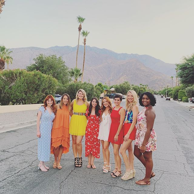 Bach party round 2 ya'll! I can't thank all of these ladies enough, for helping me live the last days of single life the way it should be lived. Poolside yoga, a private chef, dancing til 2am and swimming til 4. I'm pretty lucky to be surrounded by friends who can put up with my second wind 😂 I love you ladies so much! Thank youuuuu!