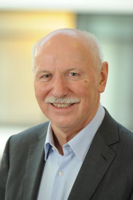 Prof. Dr. Wieland Backes -