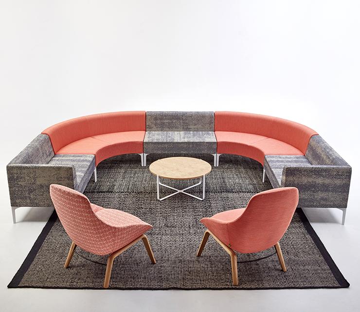 Symbol-sohva ja Always Lounge-tuolit
