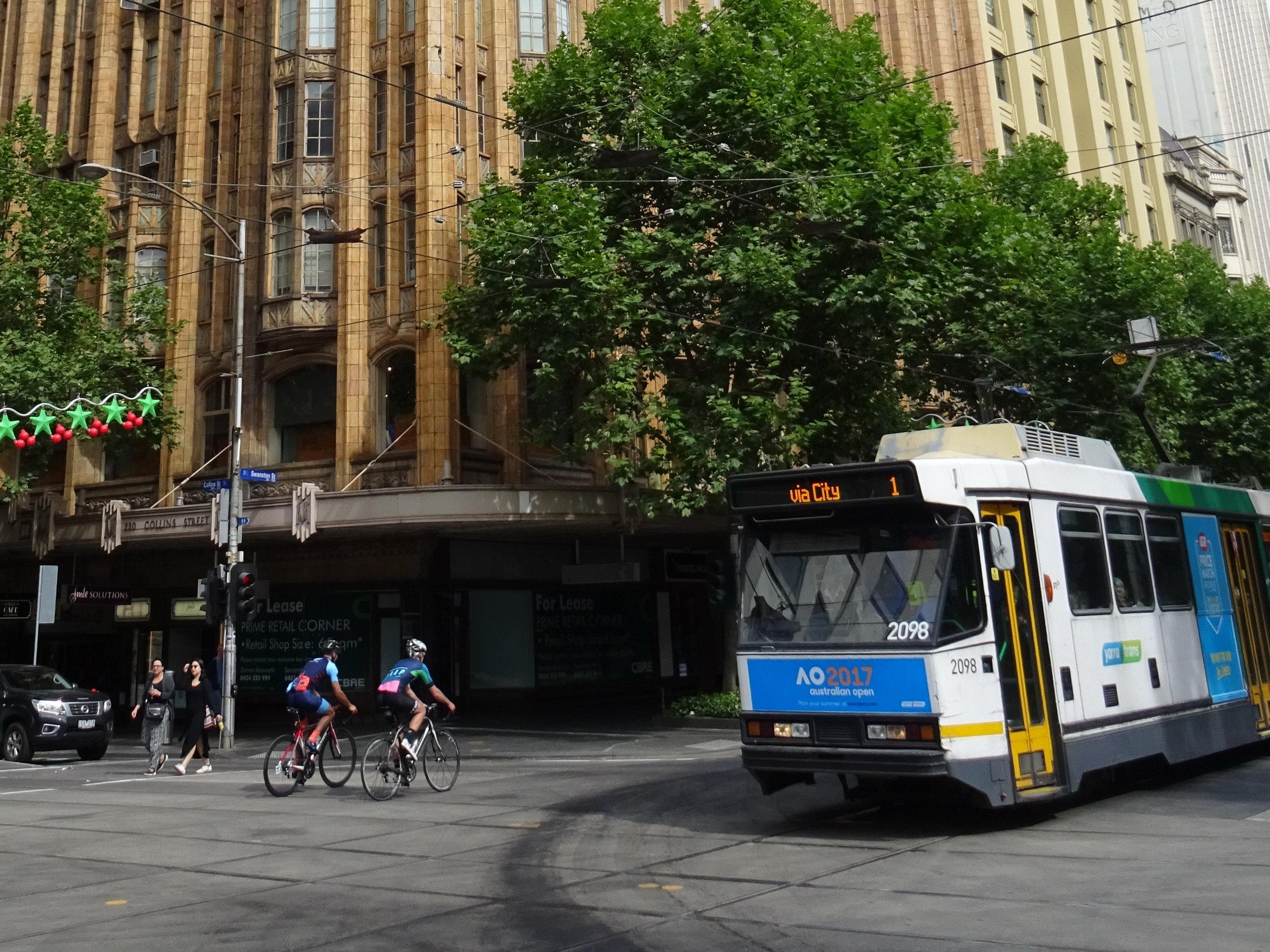 Collins St DSC09165 Melbourne.JPG