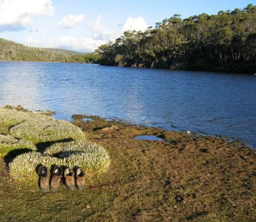 Tassie Hike 083 Lake Ball.jpg