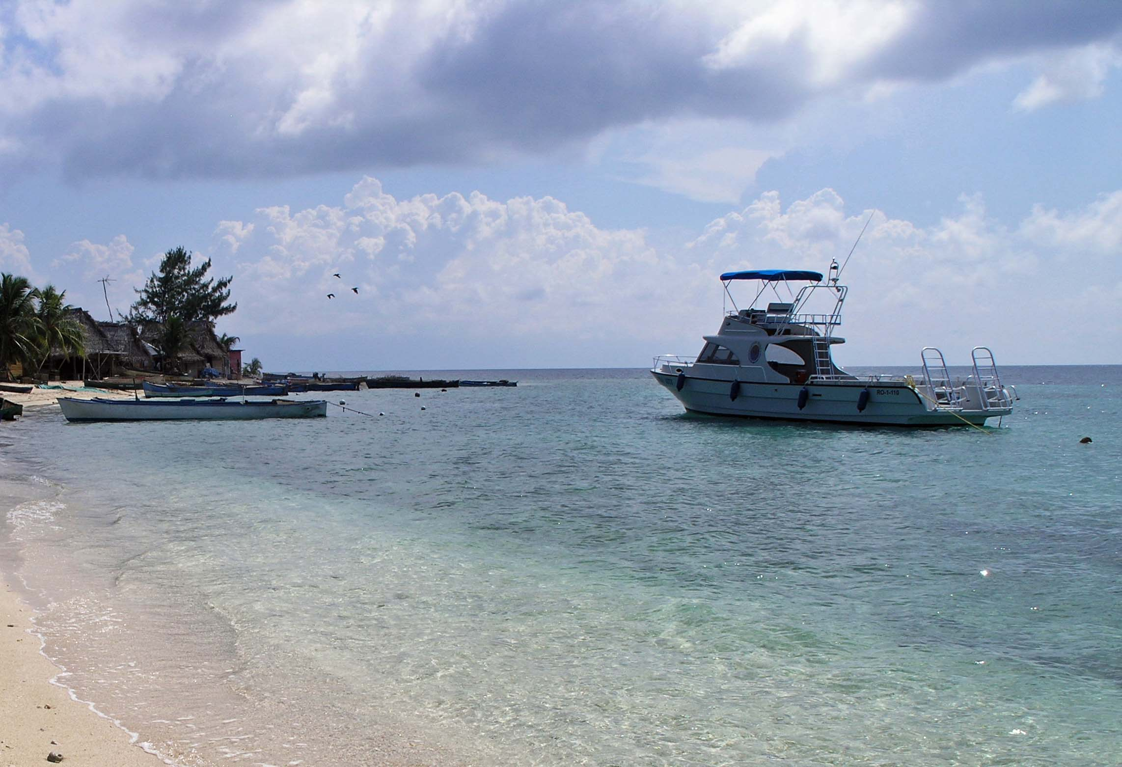 Cayo Cochinos, Hog Islands. Day trips to amazing places